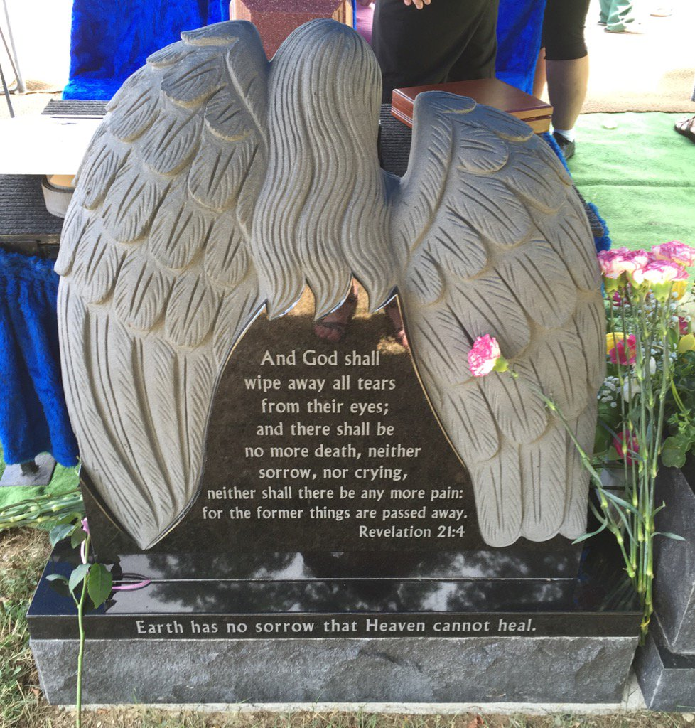 The back of Laura Cummings' inspiring grave stone at Holy Spirit Cemetery in North Collins. (Barbara O'Brien/Buffalo News)