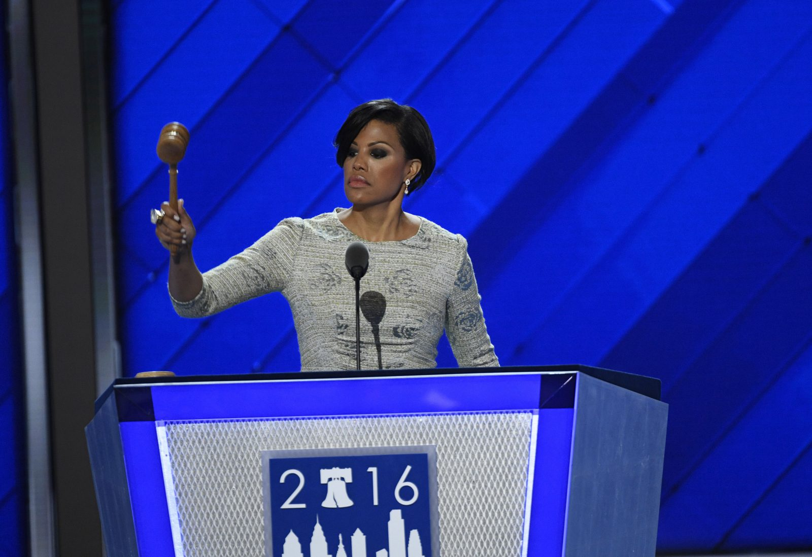 Baltimore Mayor Stephanie Rawlings-Blake swings the gavel during the Democratic National Convention in Philadelphia. (Bloomberg photo)