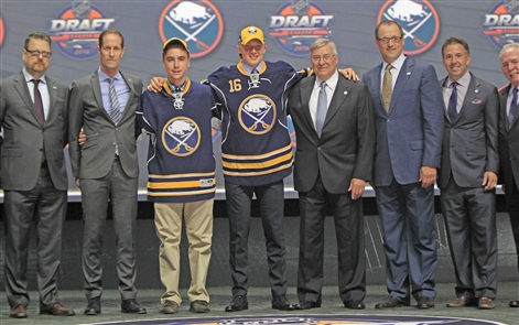 Buffalo Sabres pick Alexander Nylander at No. 8