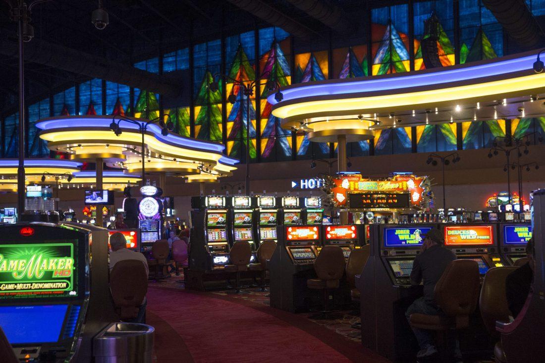 Casinos in niagara falls on ameristar casino negative commercial