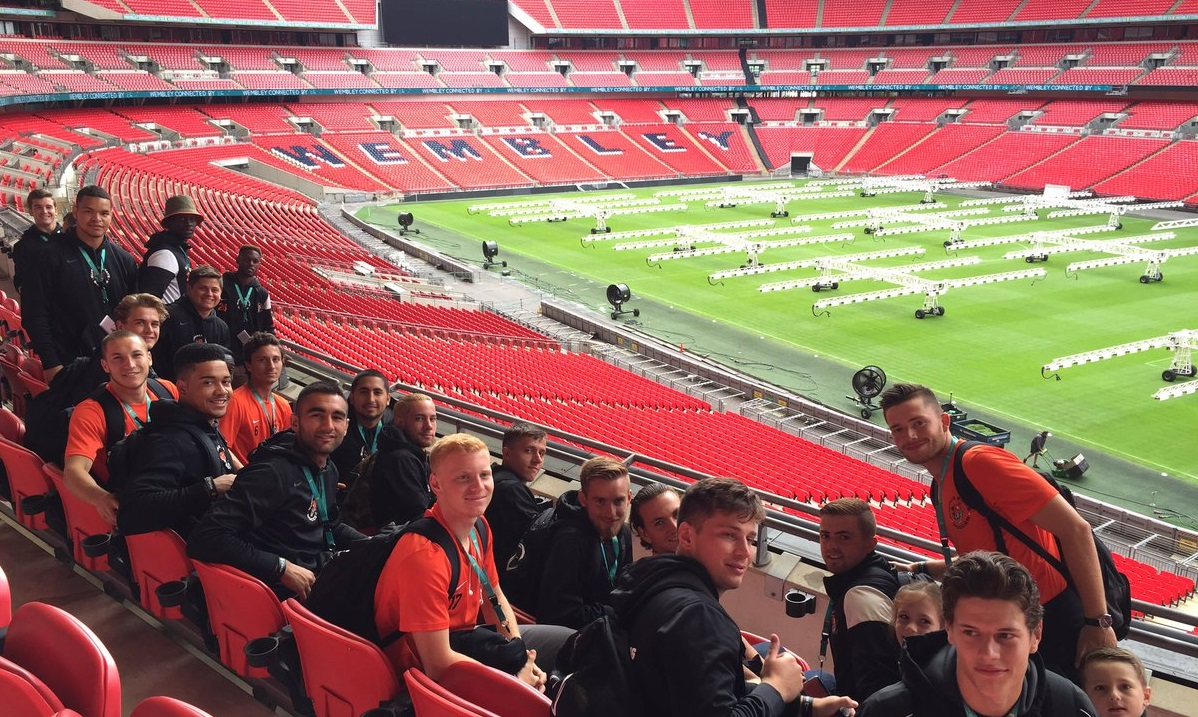 Buffalo State's men's soccer team hangs out at Wembley Stadium. (via Buffalo State)