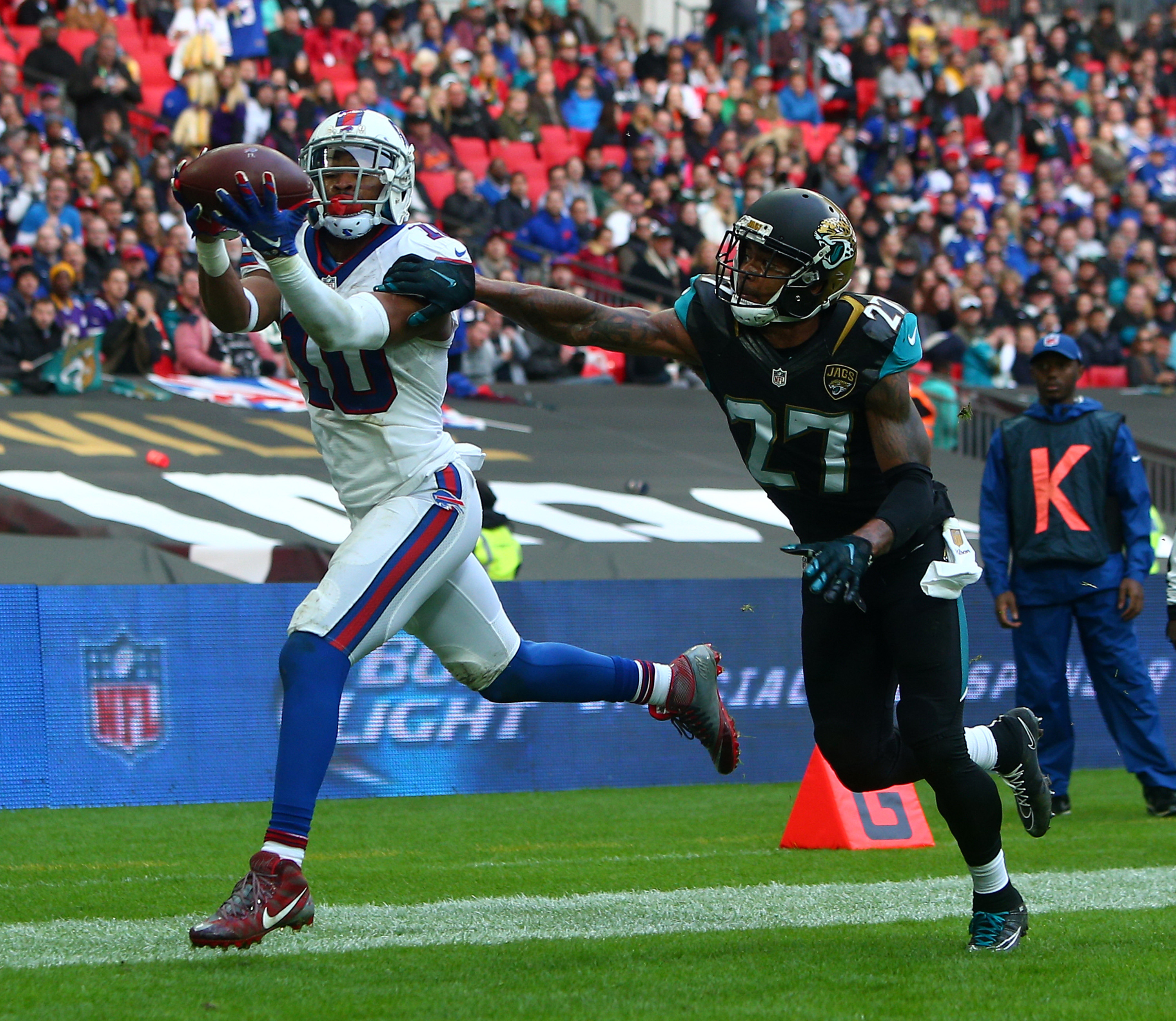 LONDON, ENGLAND - OCTOBER 25: Robert Woods #10 of Buffalo Bills scores a touchdown during the NFL match between Jacksonville Jaguars and Buffalo Bills at Wembley Stadium on October 25, 2015 in London, England. (Photo by Charlie Crowhurst/Getty Images)