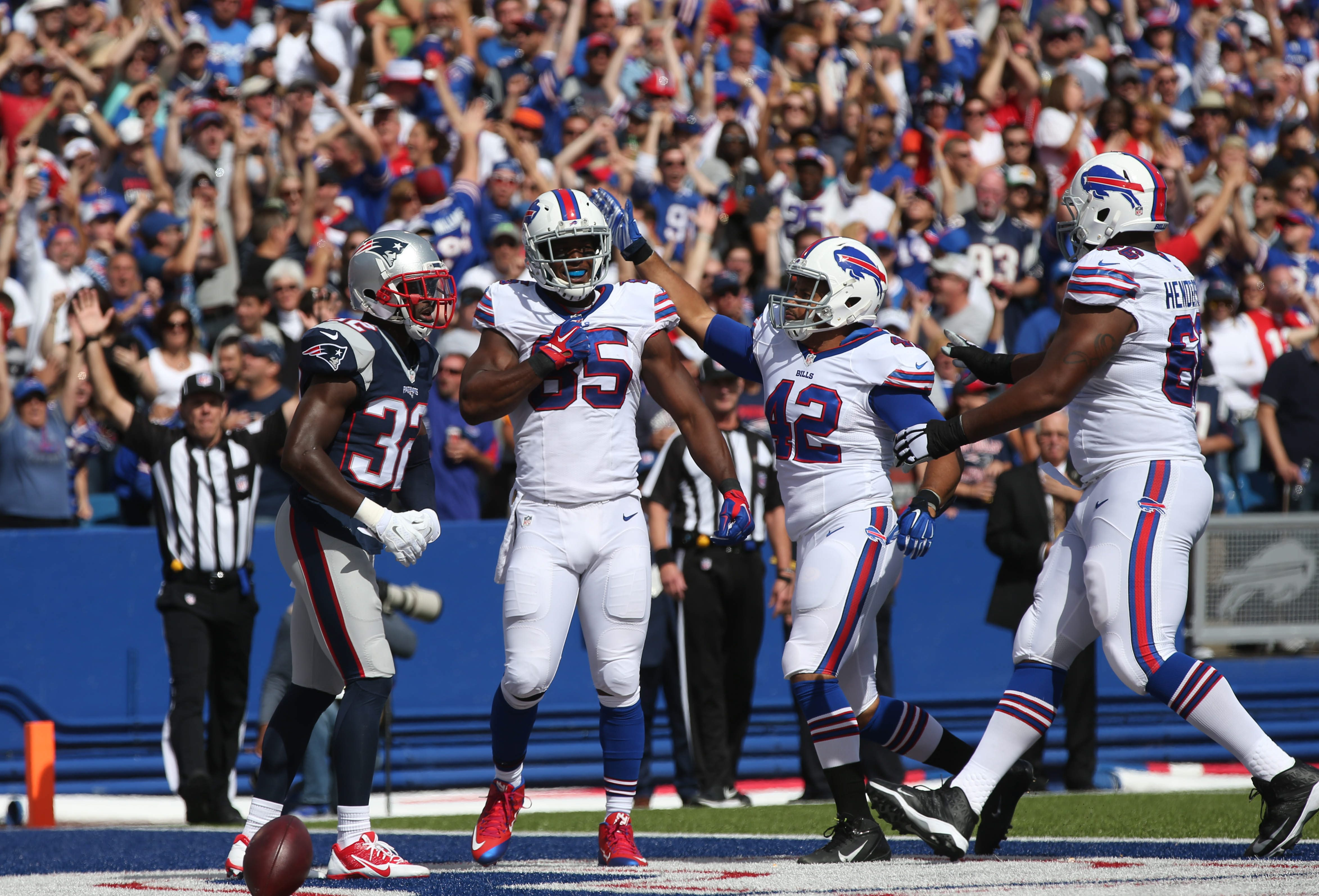 If Buffalo Bills tight end Charles Clay (85) celebrates another touchdown Sunday, he'll do so under mostly sunny skies in Orchard Park. (James P. McCoy/ Buffalo News)