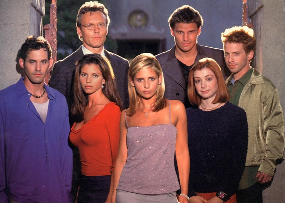 Sarah Michelle Gellar, center, and cast members from 'Buffy the Vampire Slayer.'