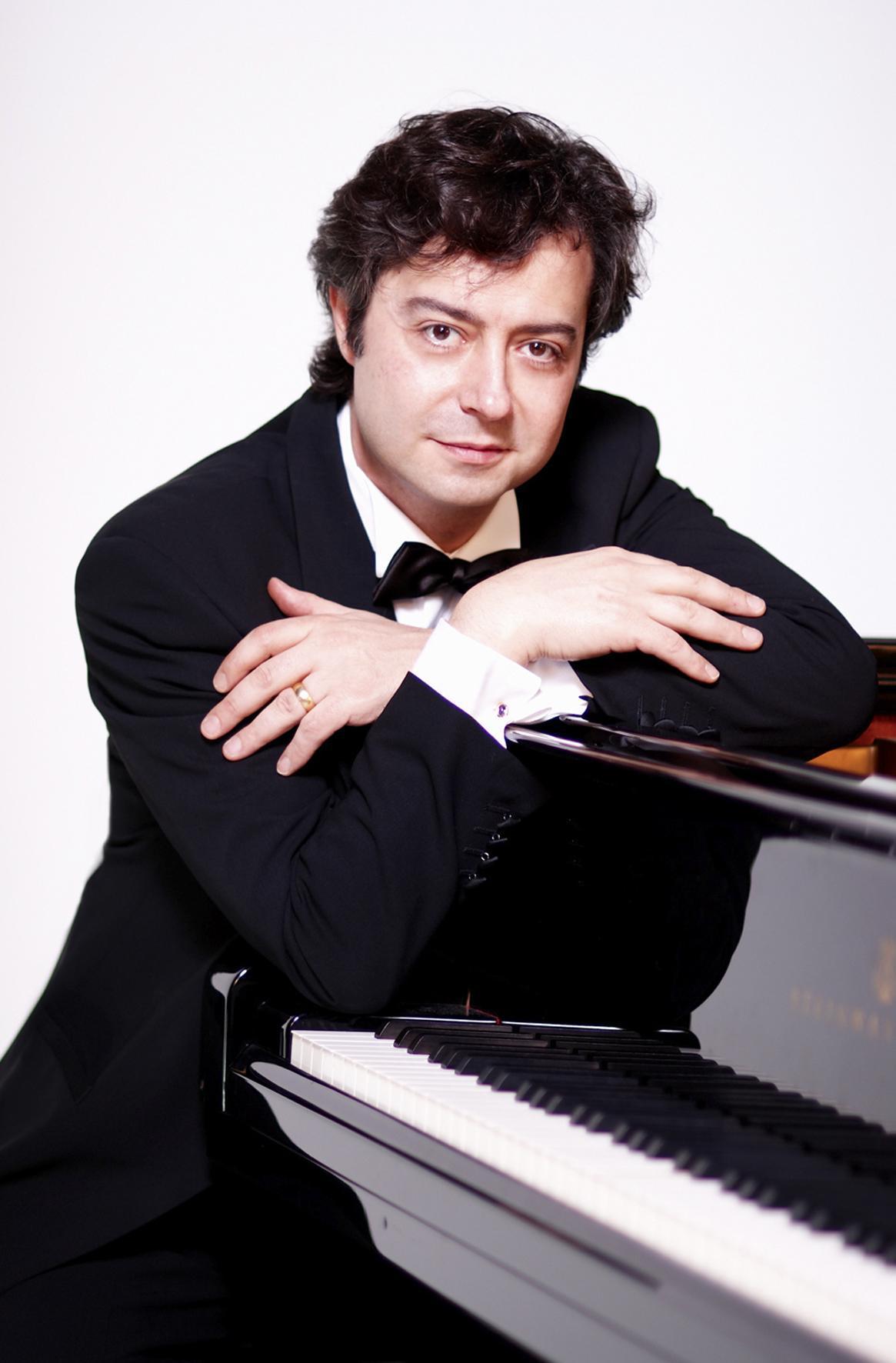 Fabio Bidini is returning to play Tchaikovsky with JoAnn Falletta and the Buffalo Philharmonic Orchestra.