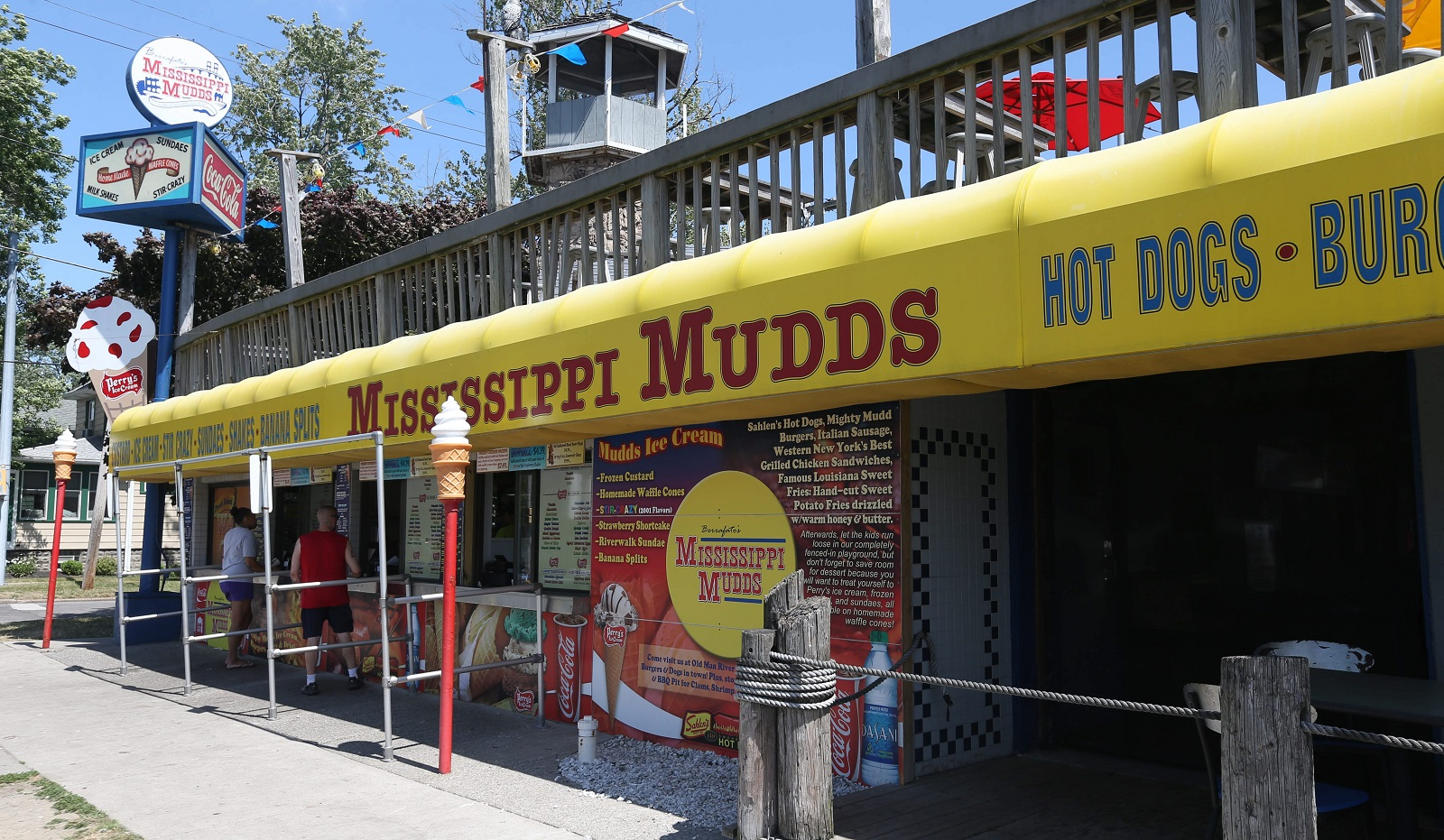 Mississippi Mudds holds a Customer Appreciation Day on Monday. (Sharon Cantillon/Buffalo News file photo)