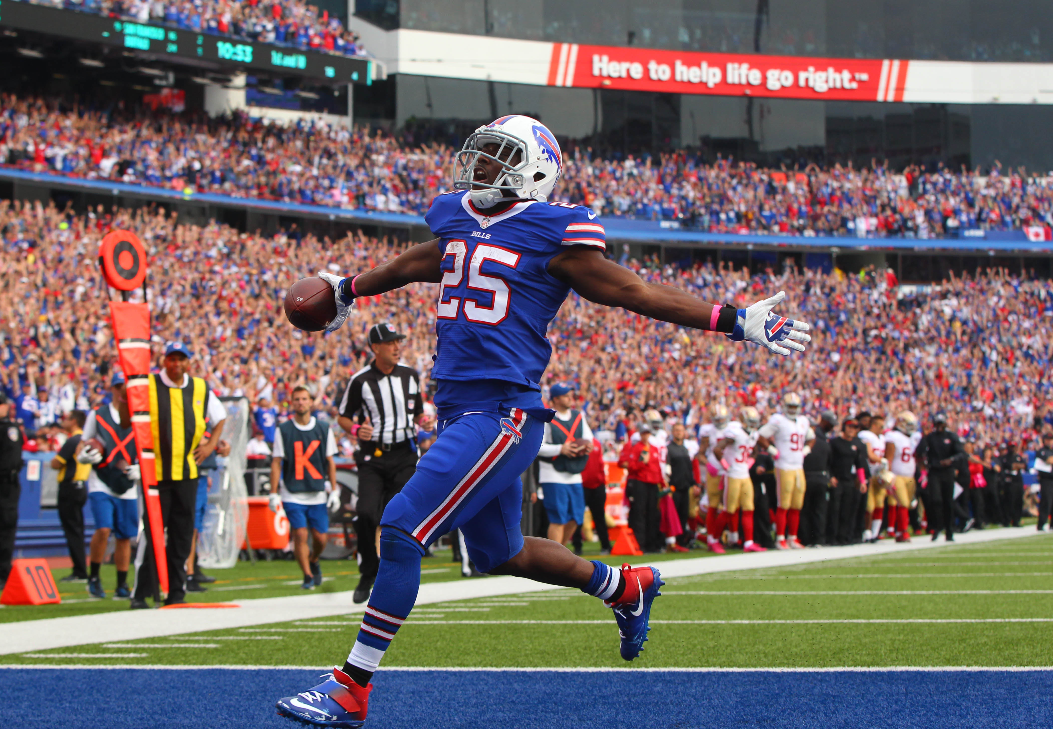 Buffalo Bills running back LeSean McCoy trots into the end zone for his third touchdown of the game against the San Francisco 49ers during the fourth quarter. (Mark Mulville/The Buffalo News)