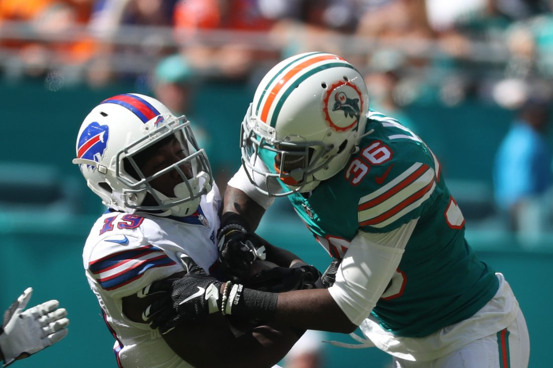 Miami Dolphins run game overwhelms the Buffalo Bills' defense