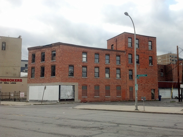 Roger Trettel is proposing a redevelopment of 50 Broadway. (Mark Paradowski/PreservationReady.org)