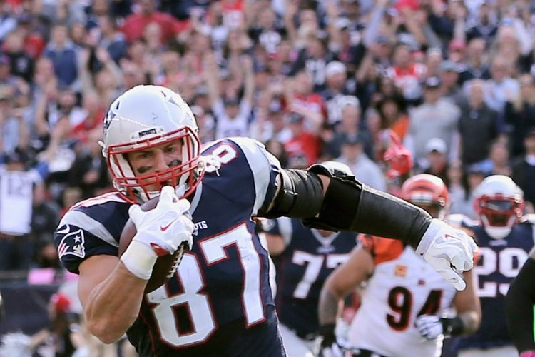 Just how good is 'Gronk?' Fellow tight ends weigh in