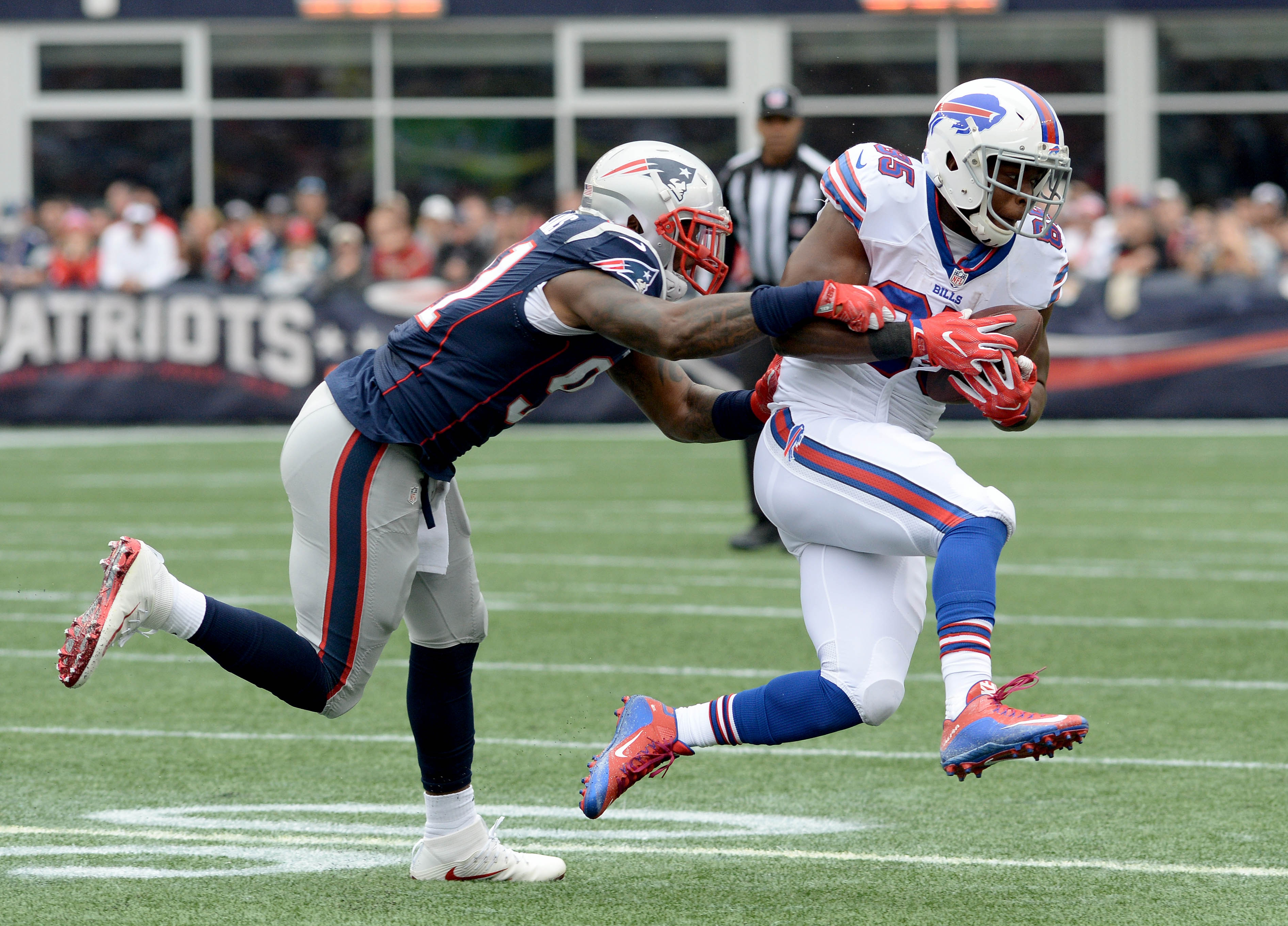 Charles Clay of the Buffalo Bills makes a move against the New England Patriots.
