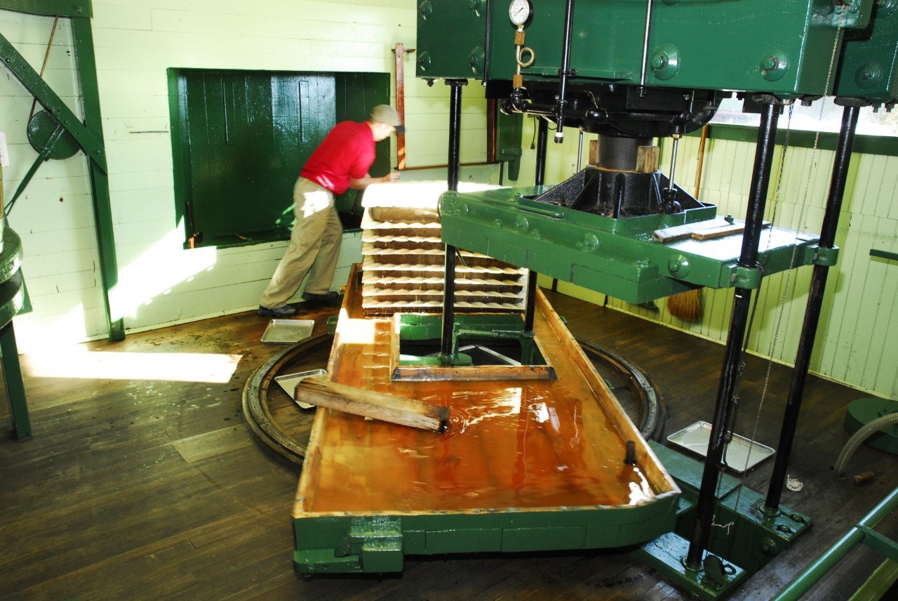 fly-creek-cider-mill-press