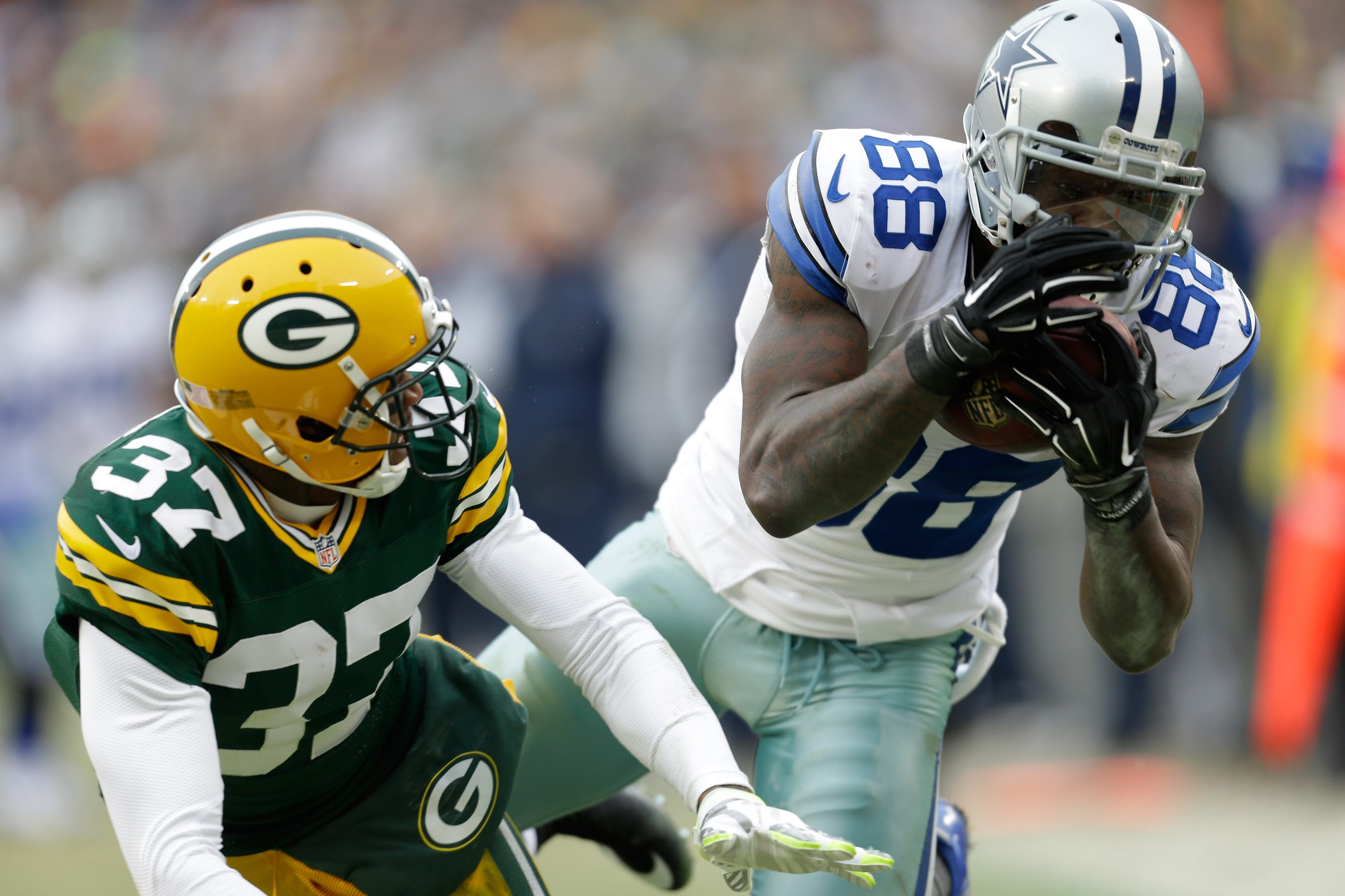 Dallas Cowboys wideout Dez Bryant tops the NFLPA's list of merchandise sales covering the last six months. (Getty Images)