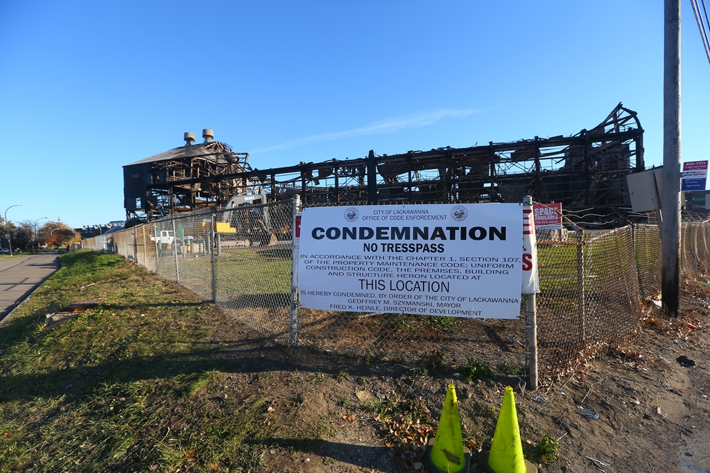 A sign posted on a section of the  former Bethlehem Steel Plant ,  in Lackawanna on  Thursday,  Nov. 17, 2016. (John Hickey/Buffalo News)