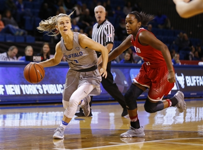 University at Buffalo 76, Sacred Heart 55