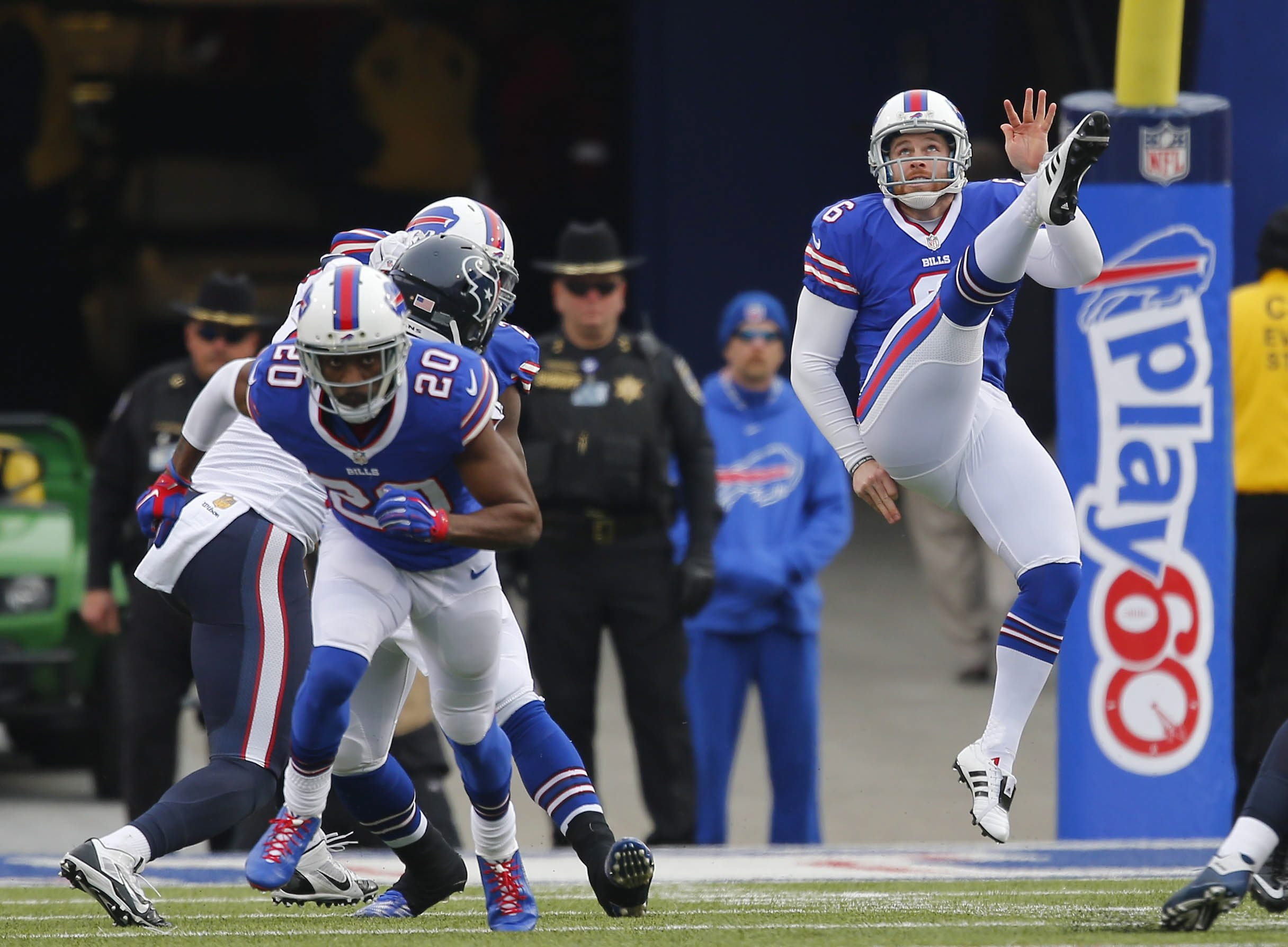 Bills punter Colton Schmidt is off to a strong start in training camp. (Mark Mulville/Buffalo News)