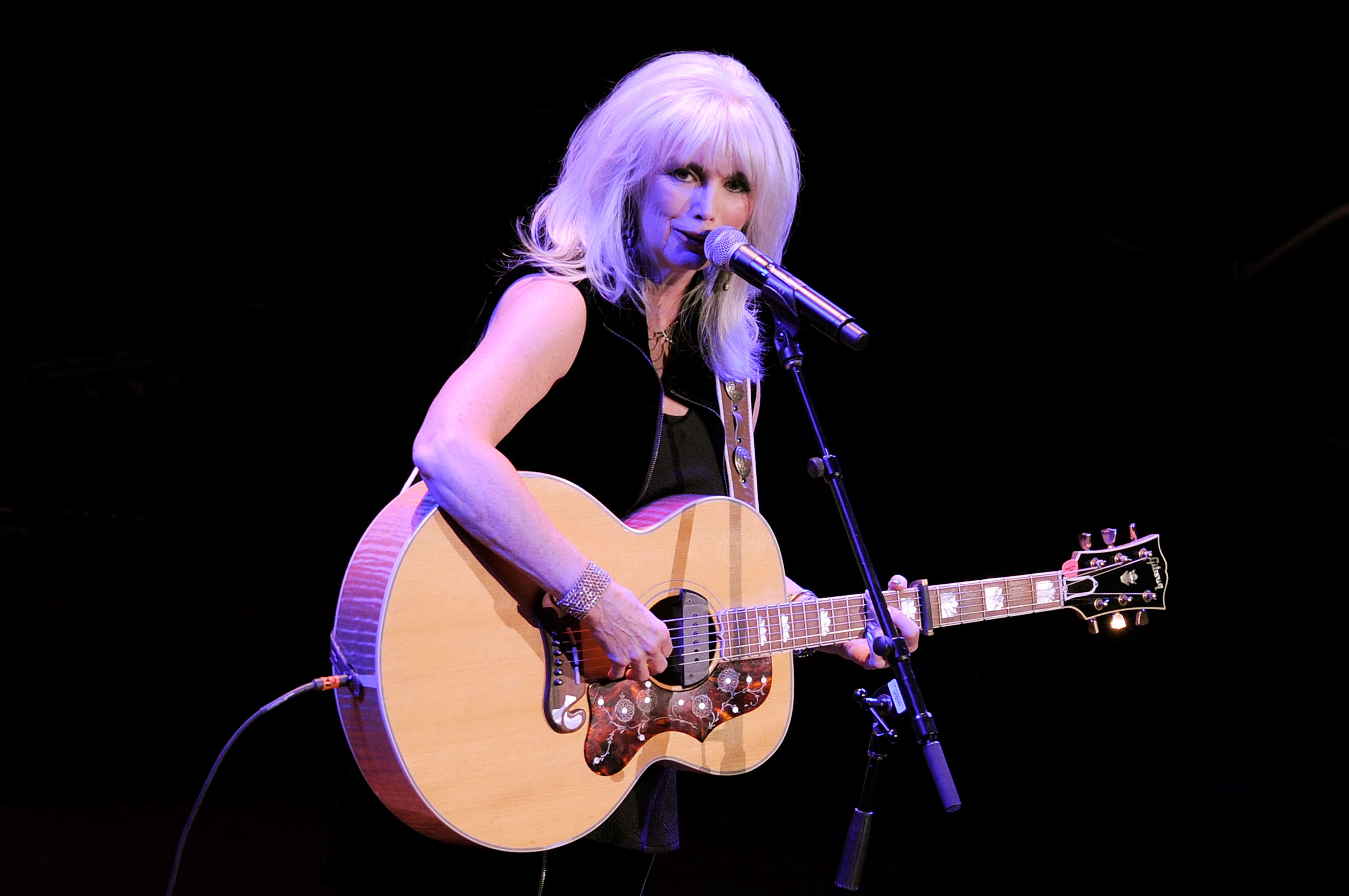 Emmylou Harris at Avery Fisher Hall, Lincoln Center in 2010. (Jemal Countess/Getty Images)