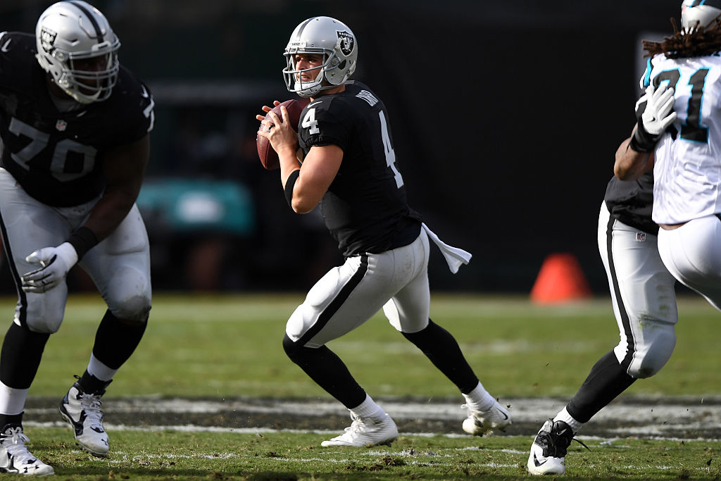 Third-year QB Derek Carr should be ready to face this Bills, his brother says (Getty Images)