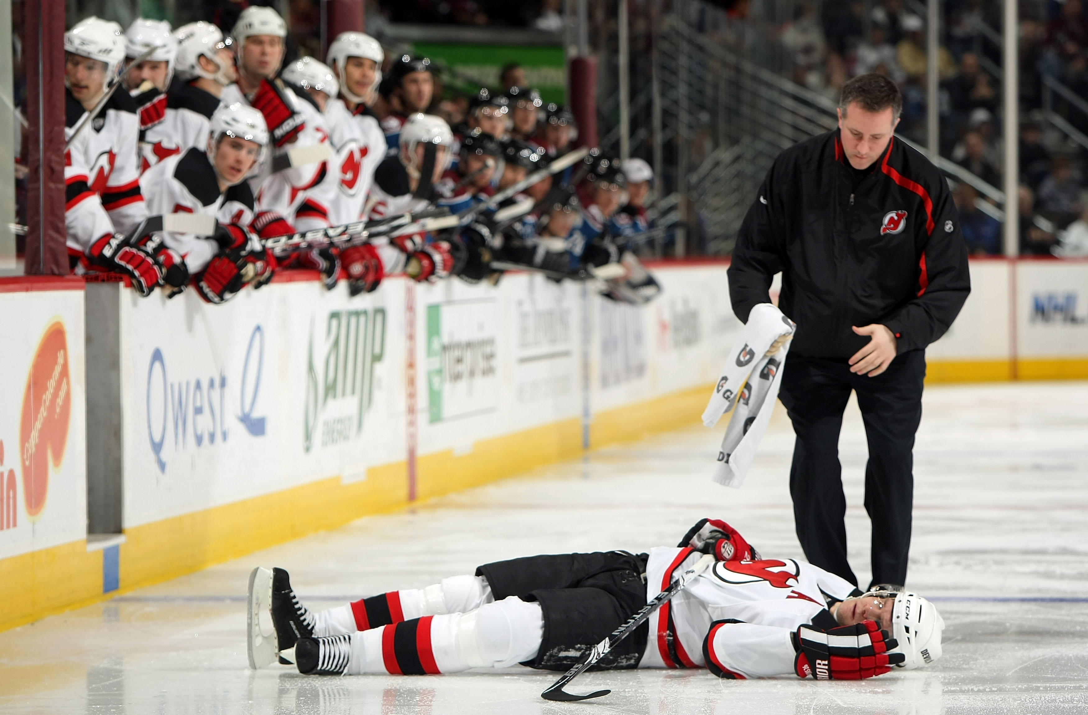 Athletic trainer Rich Stinziano spent 10 years helping the Devils, including Patrik Elias in 2010. (Getty Images)