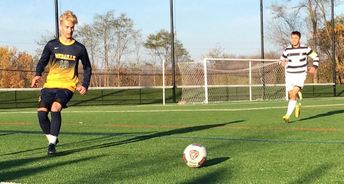 Medaille midfielder James Lang controls the ball along the left sideline. (Ben Tsujimoto/Buffalo News)