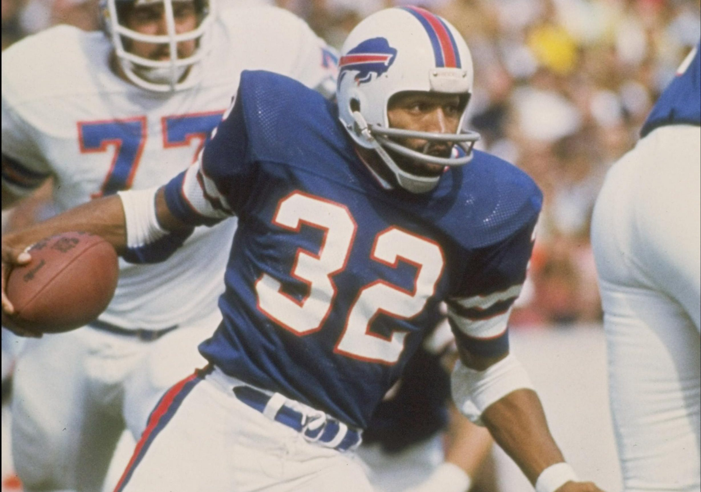 O.J. Simpson played nine of his 11 NFL seasons for the Bills. He set the NFL record for rushing yardage in a single game on this date in 1976. (Getty Images)