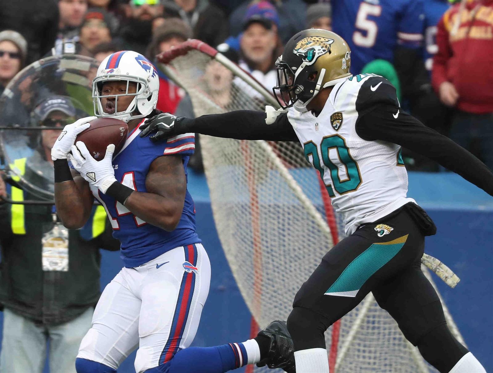 Buffalo Bills Sammy Watkins catches a pass in front of Jacksonville Jaguars Prince Amukamara during second quarter action at New Era Field on Sunday, Nov. 27, 2016. (Harry Scull Jr./Buffalo News)
