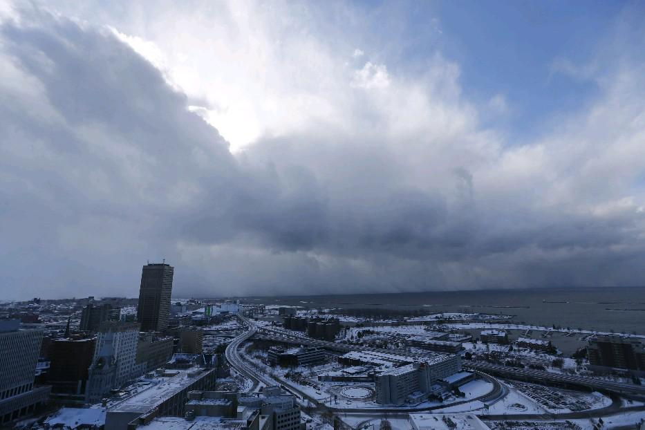 It'll be in the mid 60s on the two-year anniversary of November Storm that hit Buffalo and the Southtowns on Nov. 18, 2014, but the first lake-effect snows aren't too far behind, forecast models show. (Buffalo News file photo)