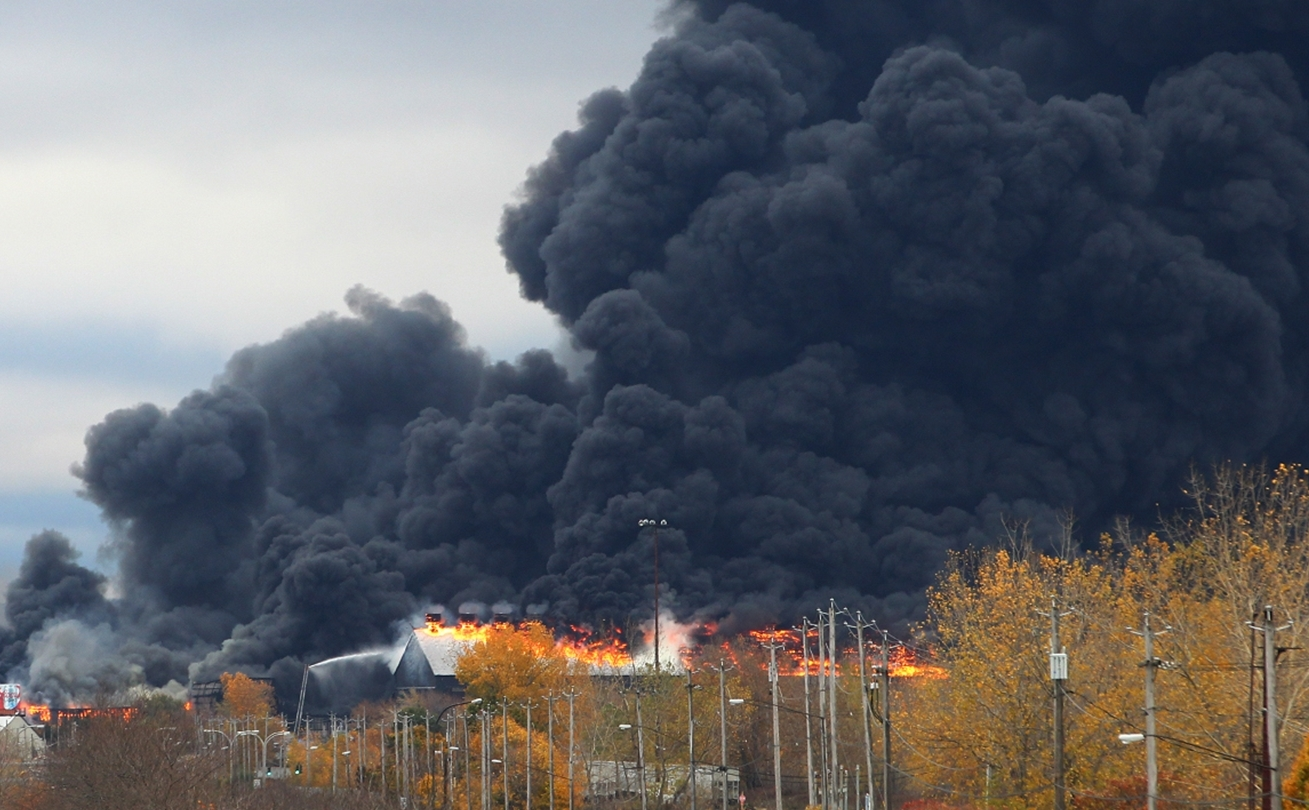 The fire at the former Bethlehem Steel Plant in Lackawanna in November 2016. (John Hickey/Buffalo News)