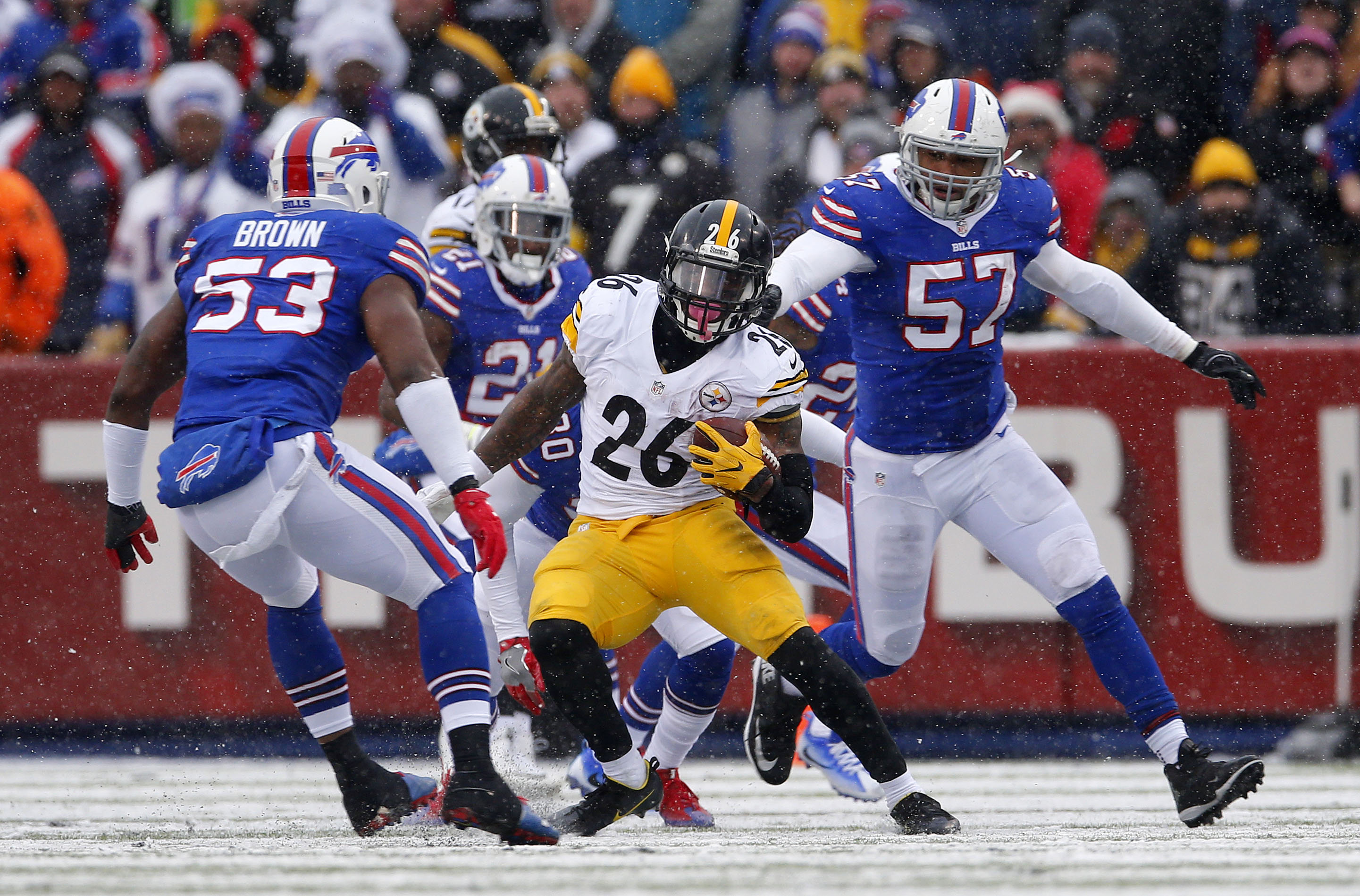 The Steelers' Le'Veon Bell ran over, around and through the Buffalo Bills on Sunday. (Mark Mulville/The Buffalo News)