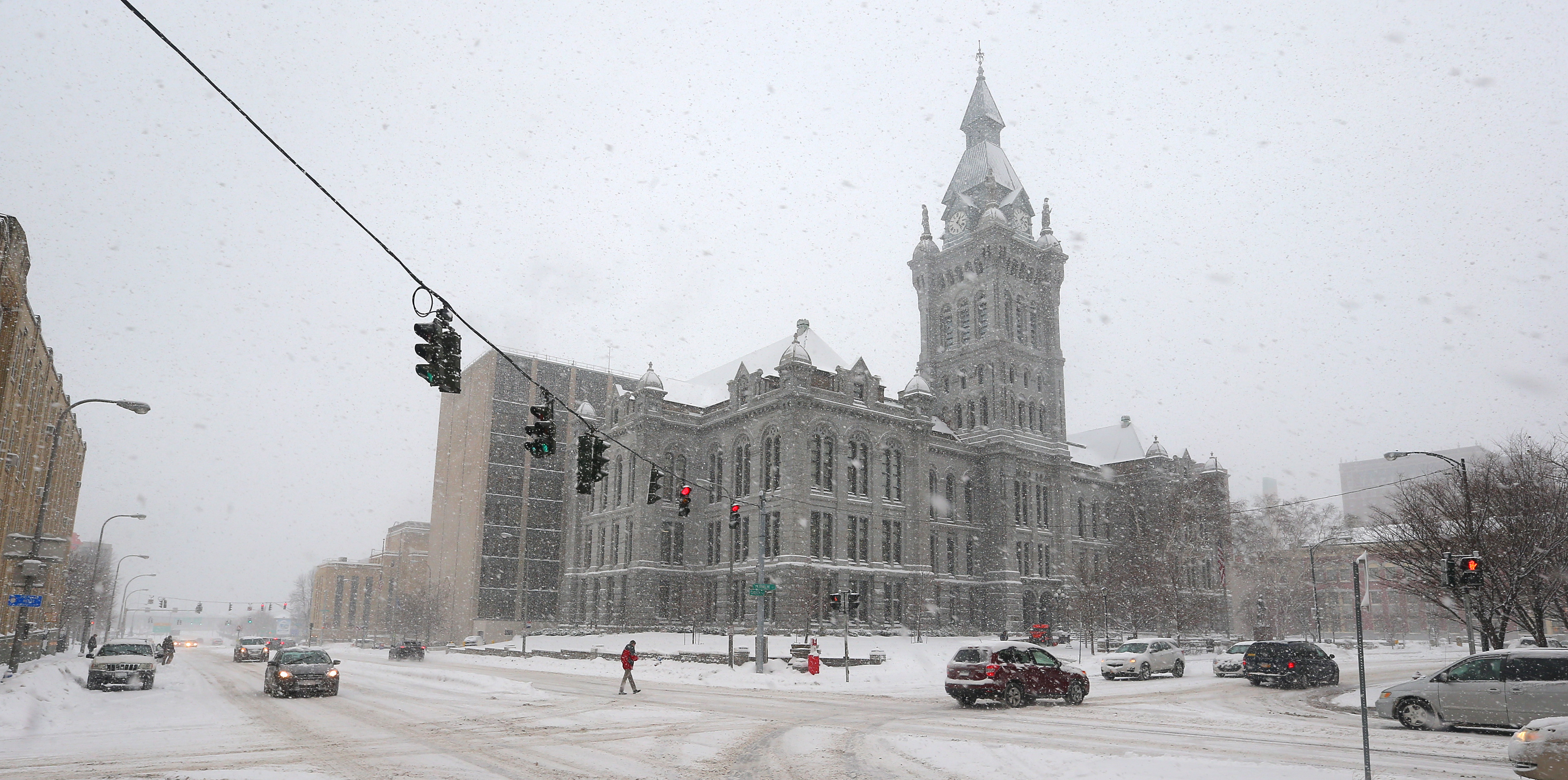 Freezing rain could turn into snow overnight as Saturday's warmer temperatures drop back below the freezing point. (John Hickey/News file photo)