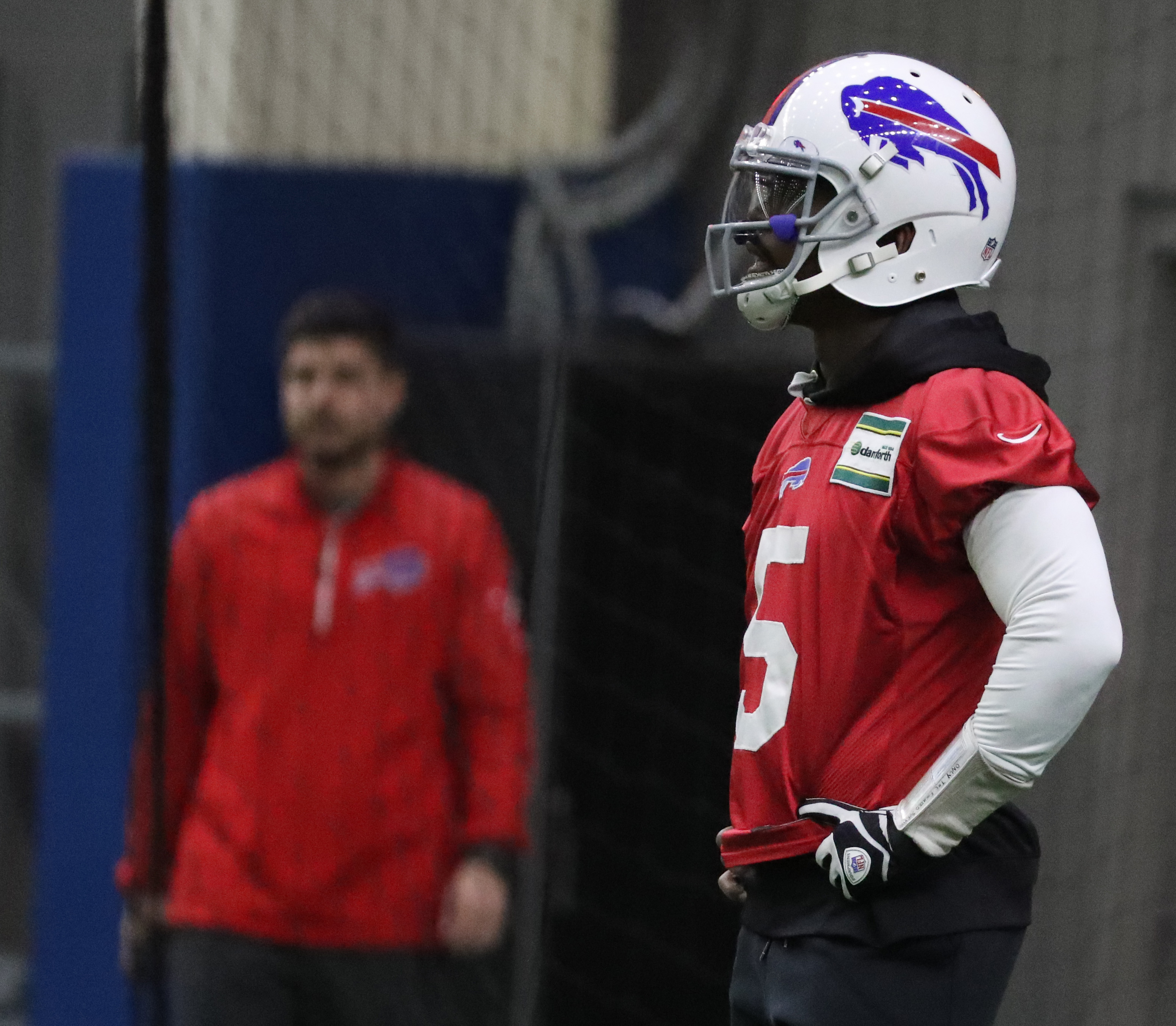 The Buffalo Bills are currently weighing whether they should keep quarterback Tyrod Taylor as their starter in 2017.  (James P. McCoy/Buffalo News)
