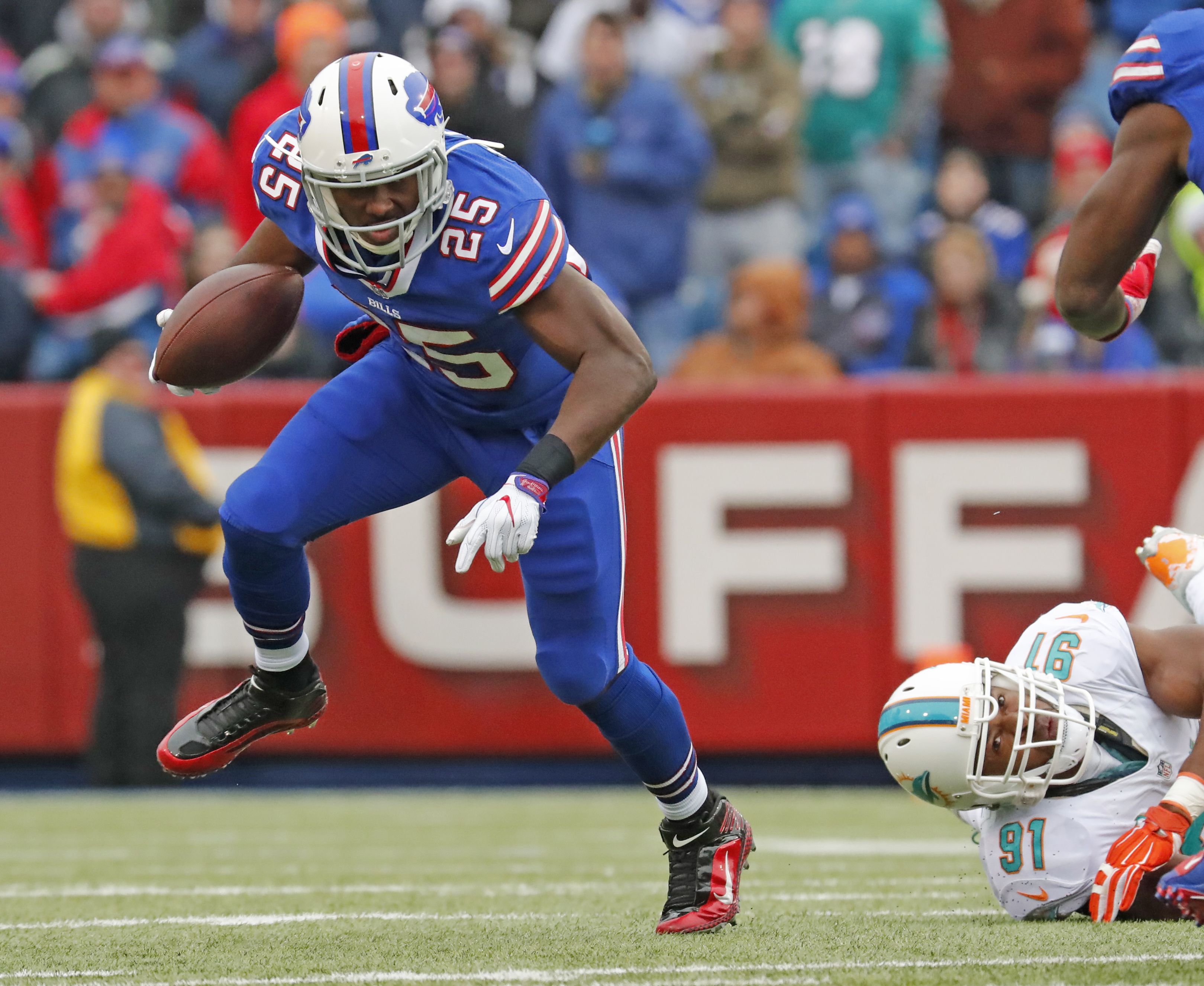 LeSean McCoy runs against Miami Dolphins during first half action. (Harry Scull Jr./Buffalo News)