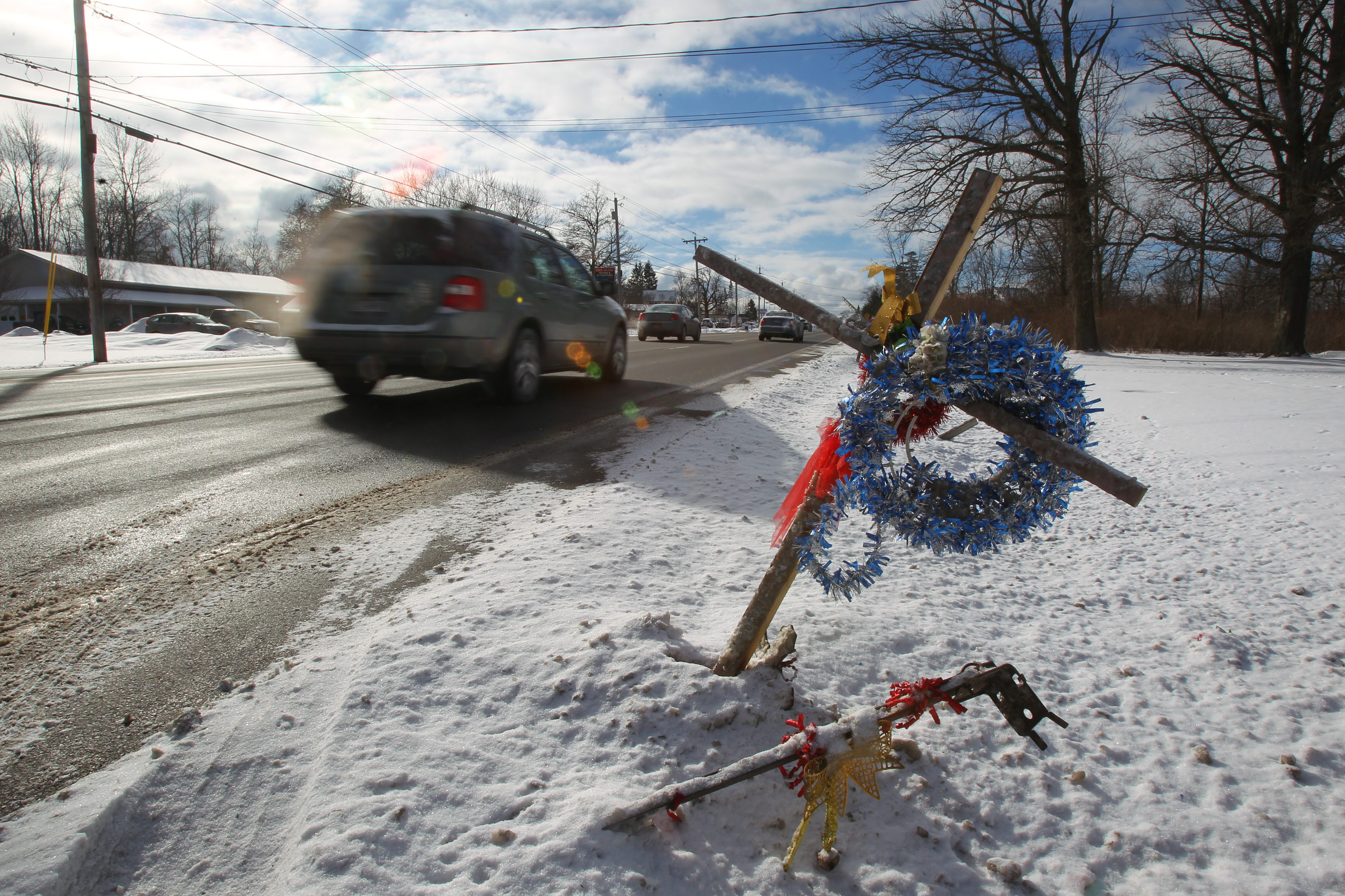 A roadside memorial in 2014 marked the spot where Barry Moss was struck and killed. (Mark Mulville/News file photo)