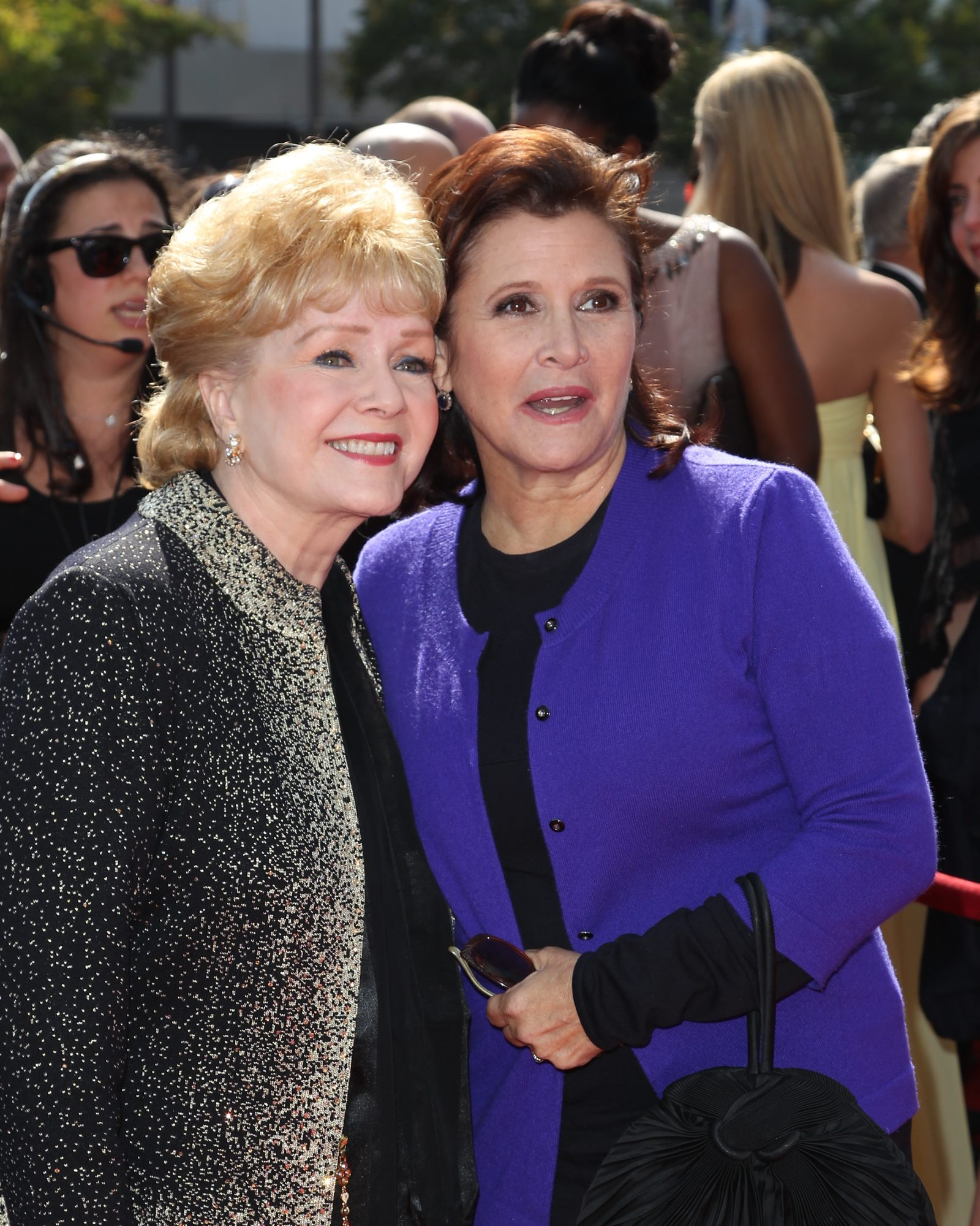 Carrie Fisher, right, attended the 2011 Primetime Creative Arts Emmy Awards in 2011 with her mother, Debbie Reynolds. (Noel Vasquez/Getty Images)