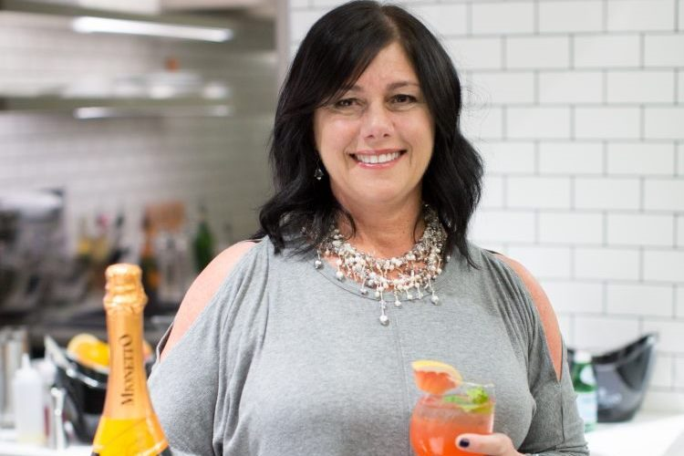 North Buffalo woman's Prosecco cocktail takes national prize