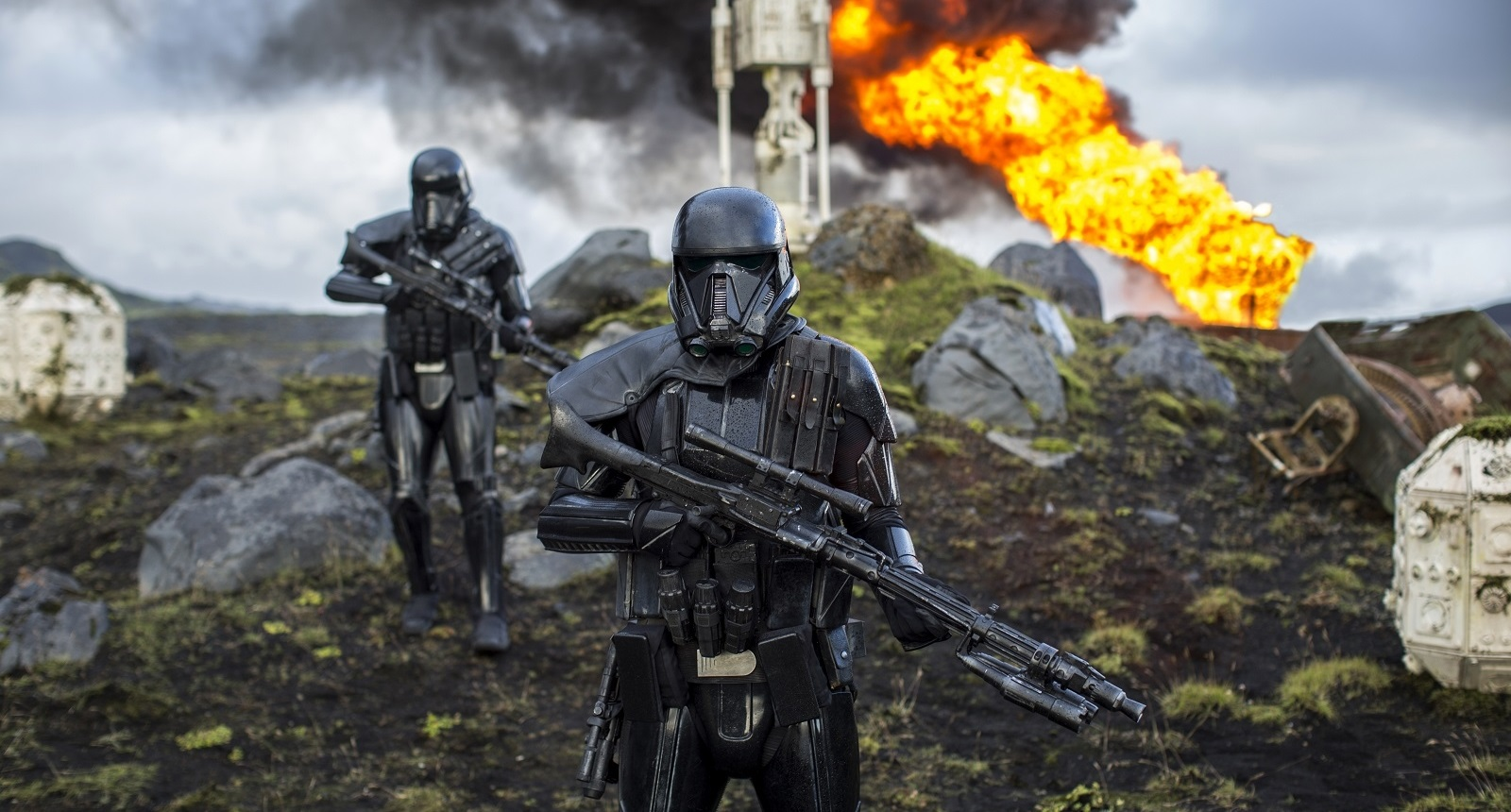 """With extended war sequences, parents will have to decide if """"Rogue One: A Star Wars Story"""" is for their children. (Courtesy of Lucasfilm)"""