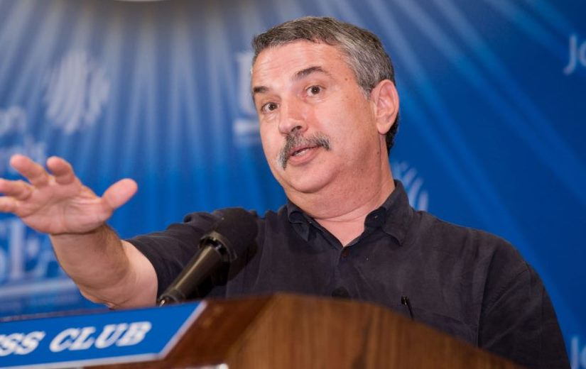 Pulitzer prize-winning author and New York Times columnist Thomas Friedman (PRNewsFoto/U.S. Energy Association and Johnson Controls, Inc.)