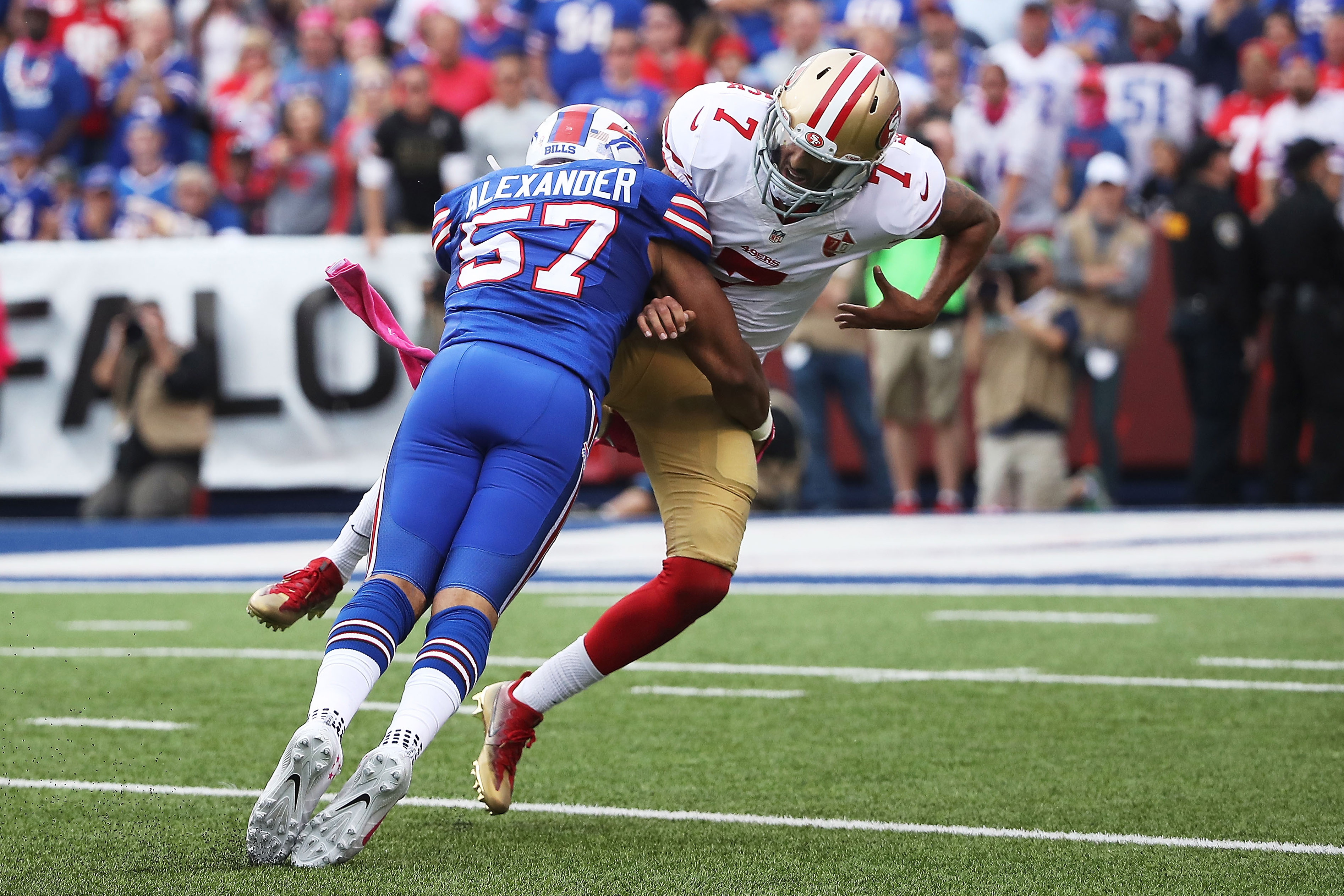 Bills linebacker Lorenzo Alexander grew up a 49ers fan, but attended more Oakland Raiders games. (Getty Images)