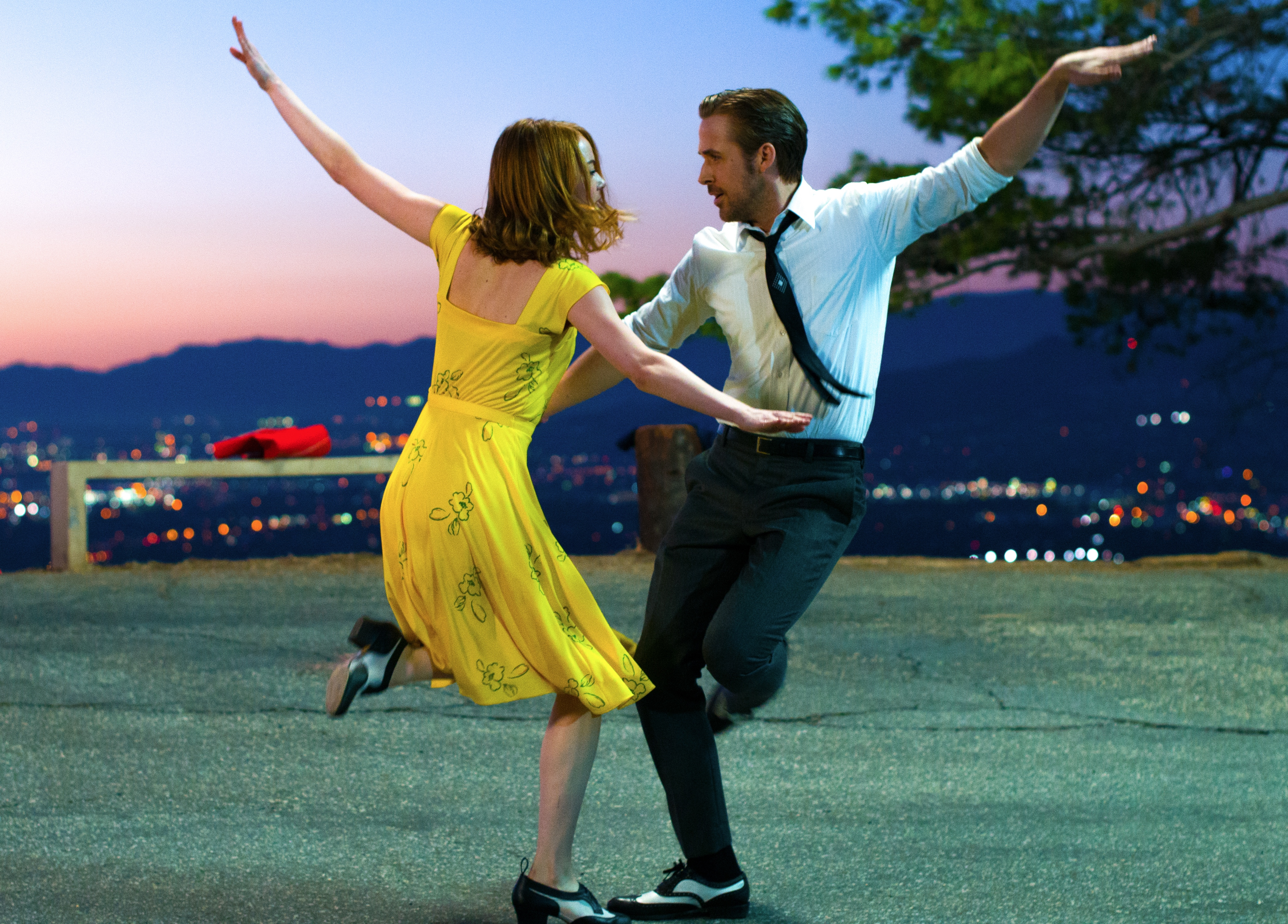 """La La Land"" starring Emma Stone and Ryan Gosling is on several ""best of"" lists by movie critics."