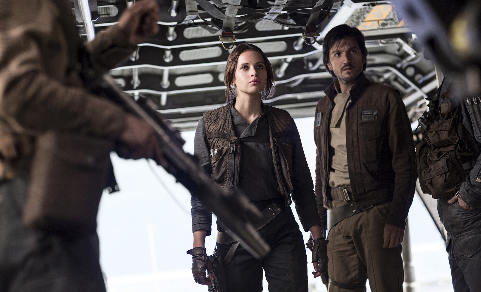 Jyn Erso (Felicity Jones) and Cassian Andor (Diego Luna) in 'Rogue One: A Star Wars Story.' (Jonathan Olley, Lucasfilm-Walt Disney Studios Motion Pictures)