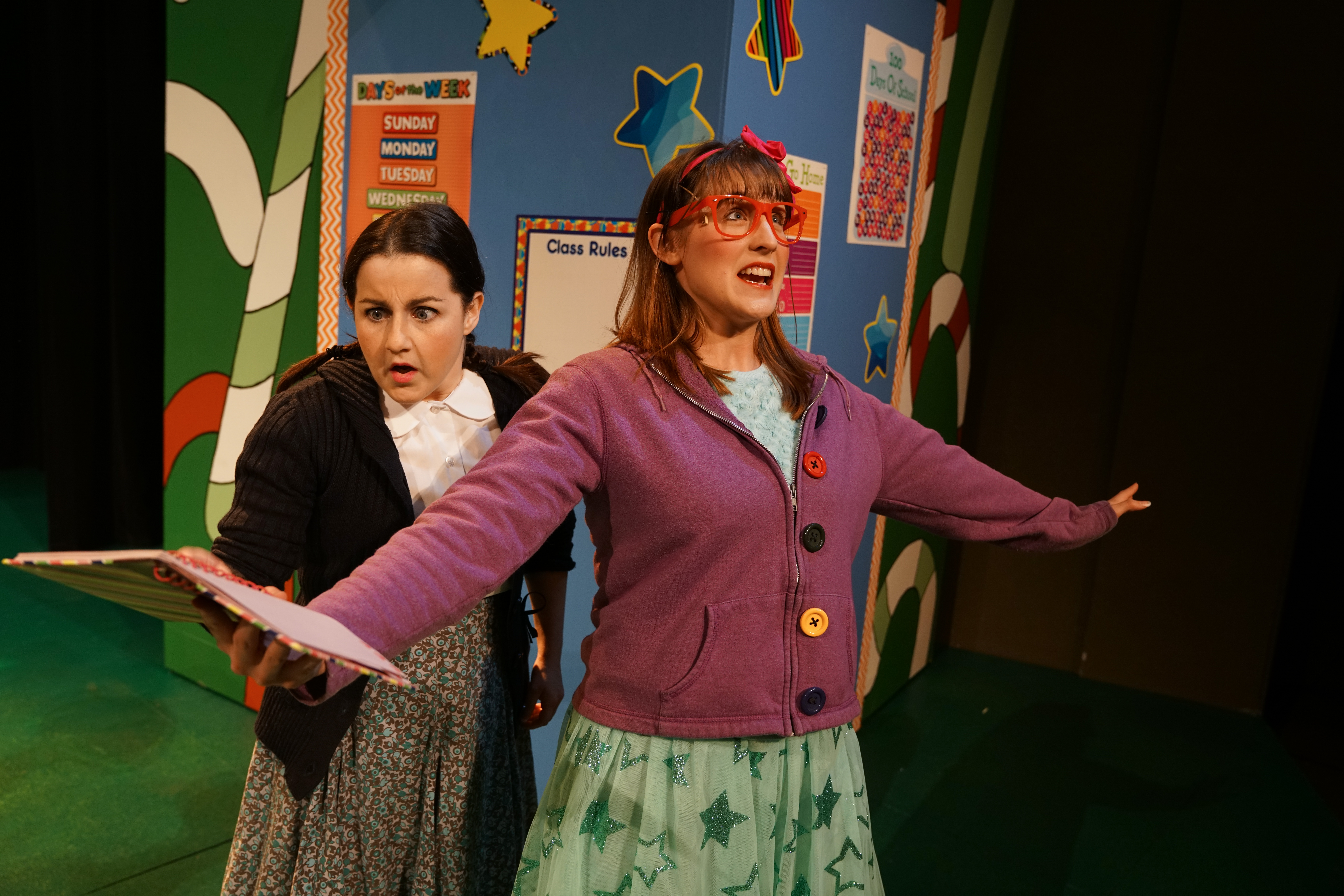 Arin Lee Dandes and Renee Landrigan star in Theatre of Youth's production of 'Junie B. Jones in Jingle Bells, Batman Smells.'