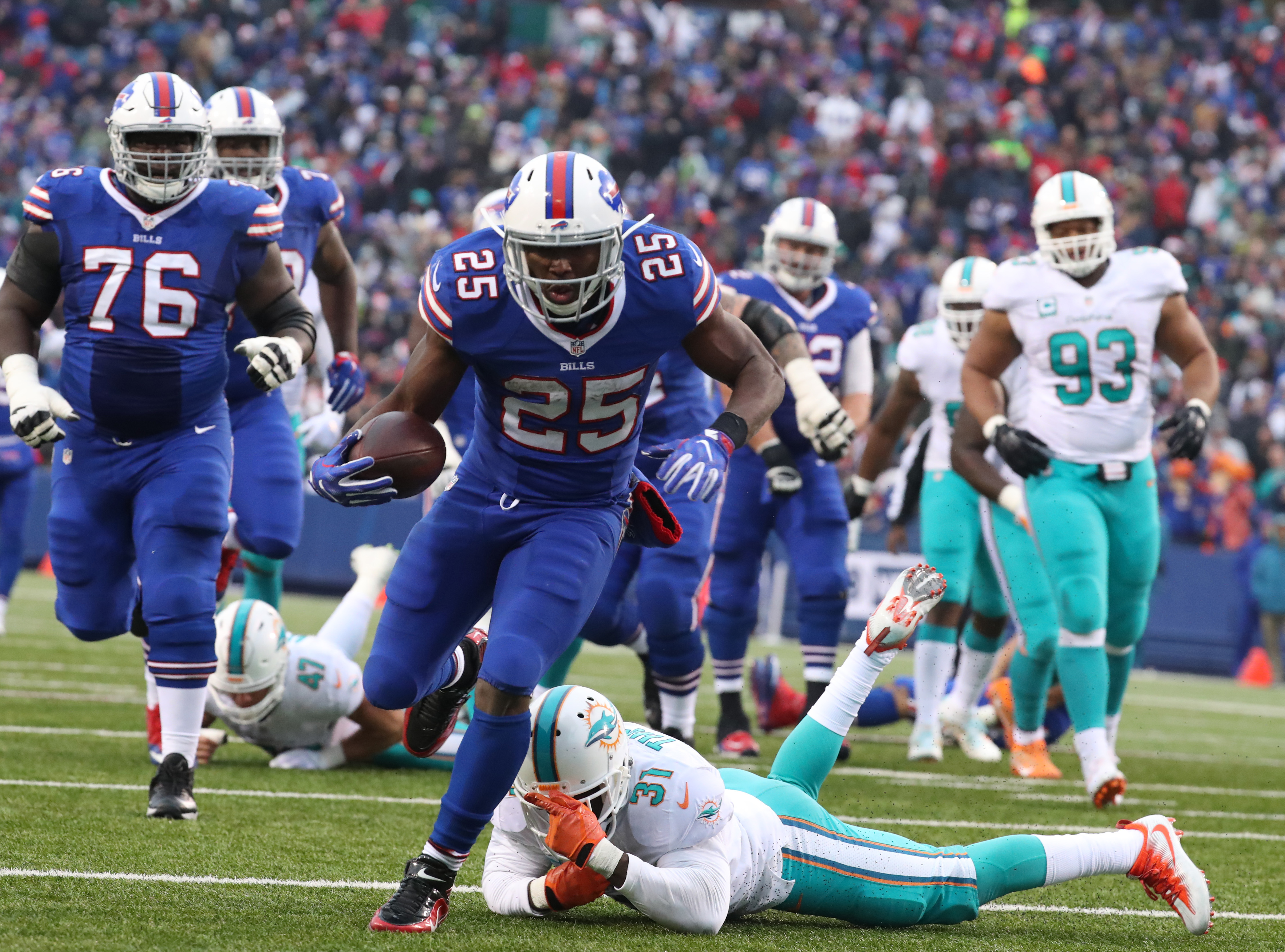 LeSean McCoy was surprisingly left off a list of the top 101 players in the NFL. (James P. McCoy/Buffalo News)