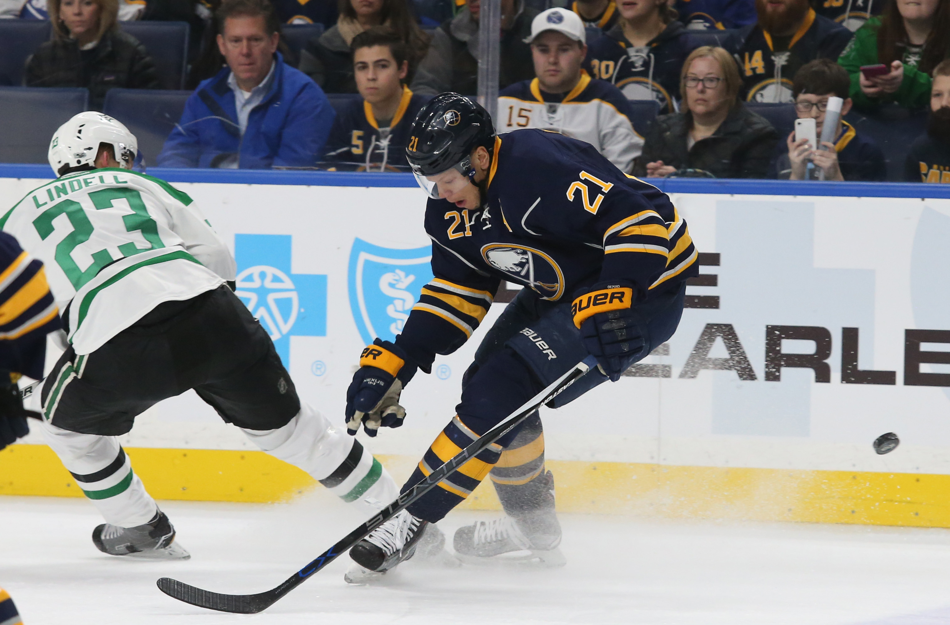 Kyle Okposo will play in his 600th NHL game on Friday. (James P. McCoy/News file photo)