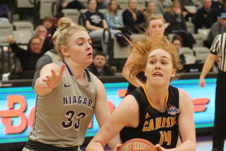 Icelander Sara Hinriksdottir finds comfort zone, stars for Canisius