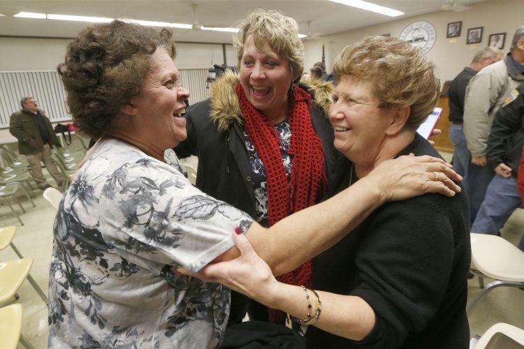 Depew voters reject dissolution