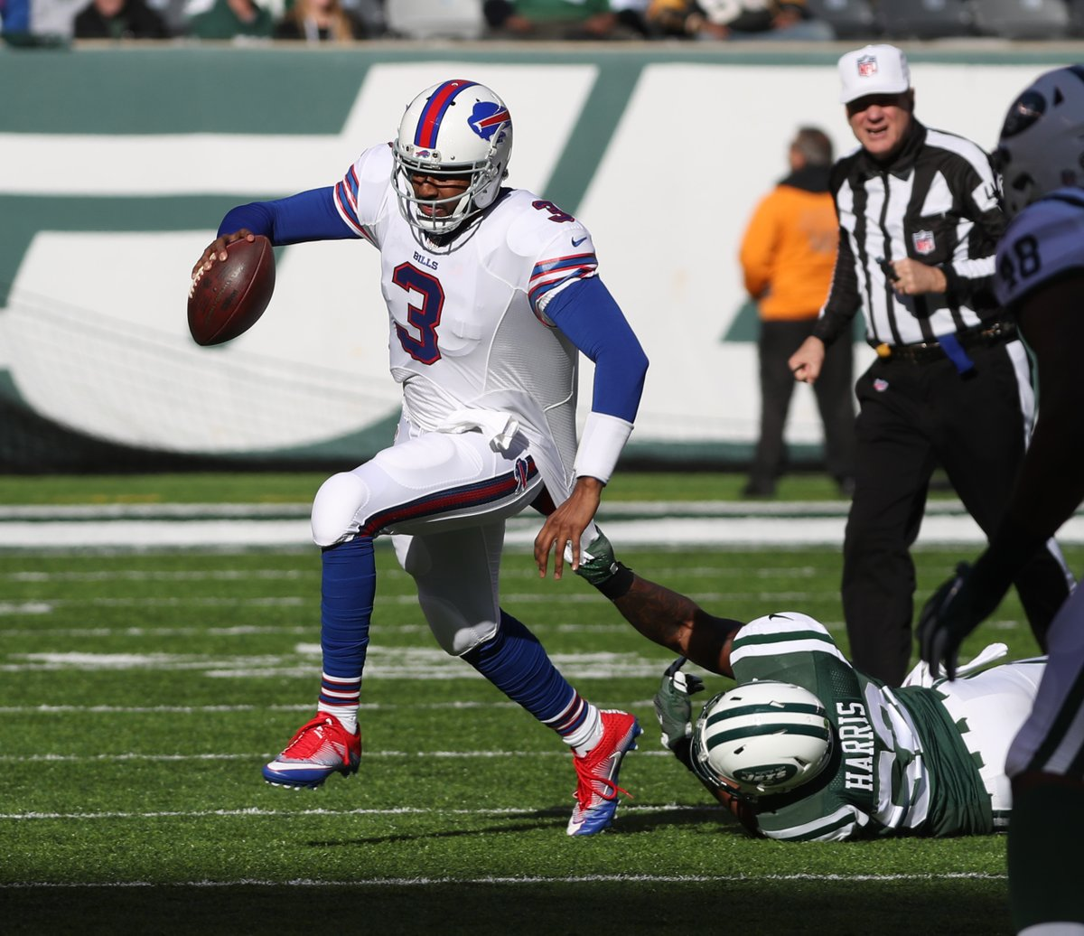 Bills free-agent quarterback EJ Manuel is expected to sign with the Raiders, per ESPN. (James P. McCoy/Buffalo News)