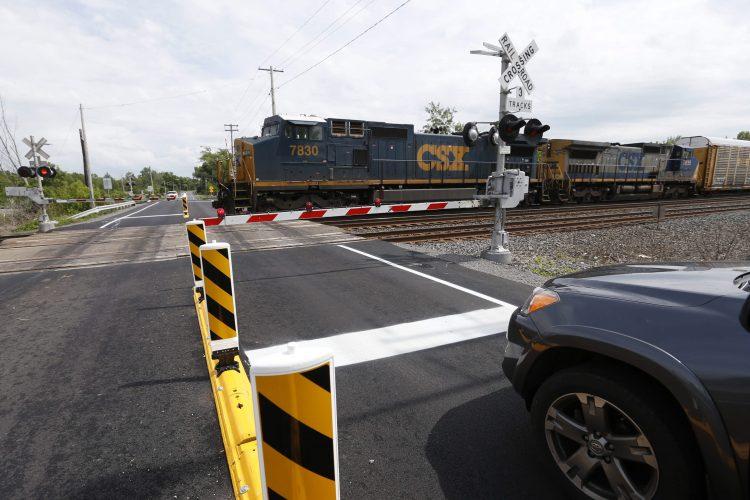 Hamburg moving forward on 3 more railroad crossing quiet zones