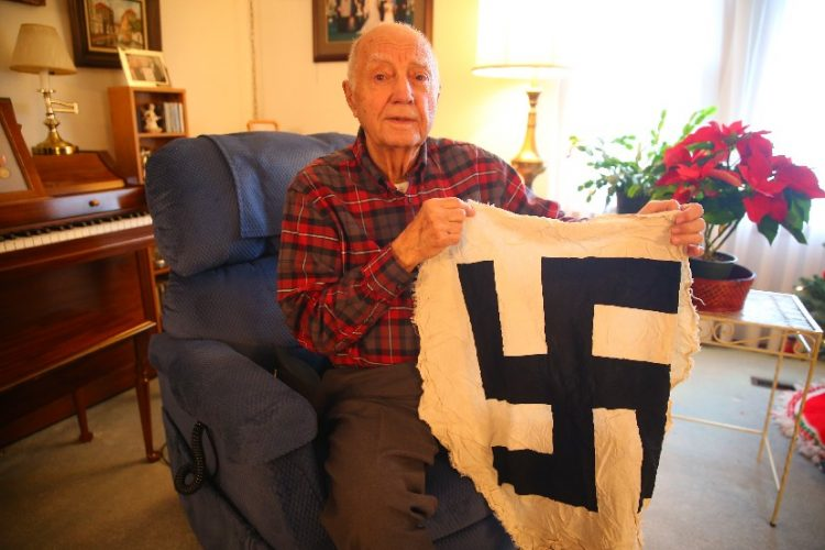 WWII vet met Patton, kept notice announcing end of war
