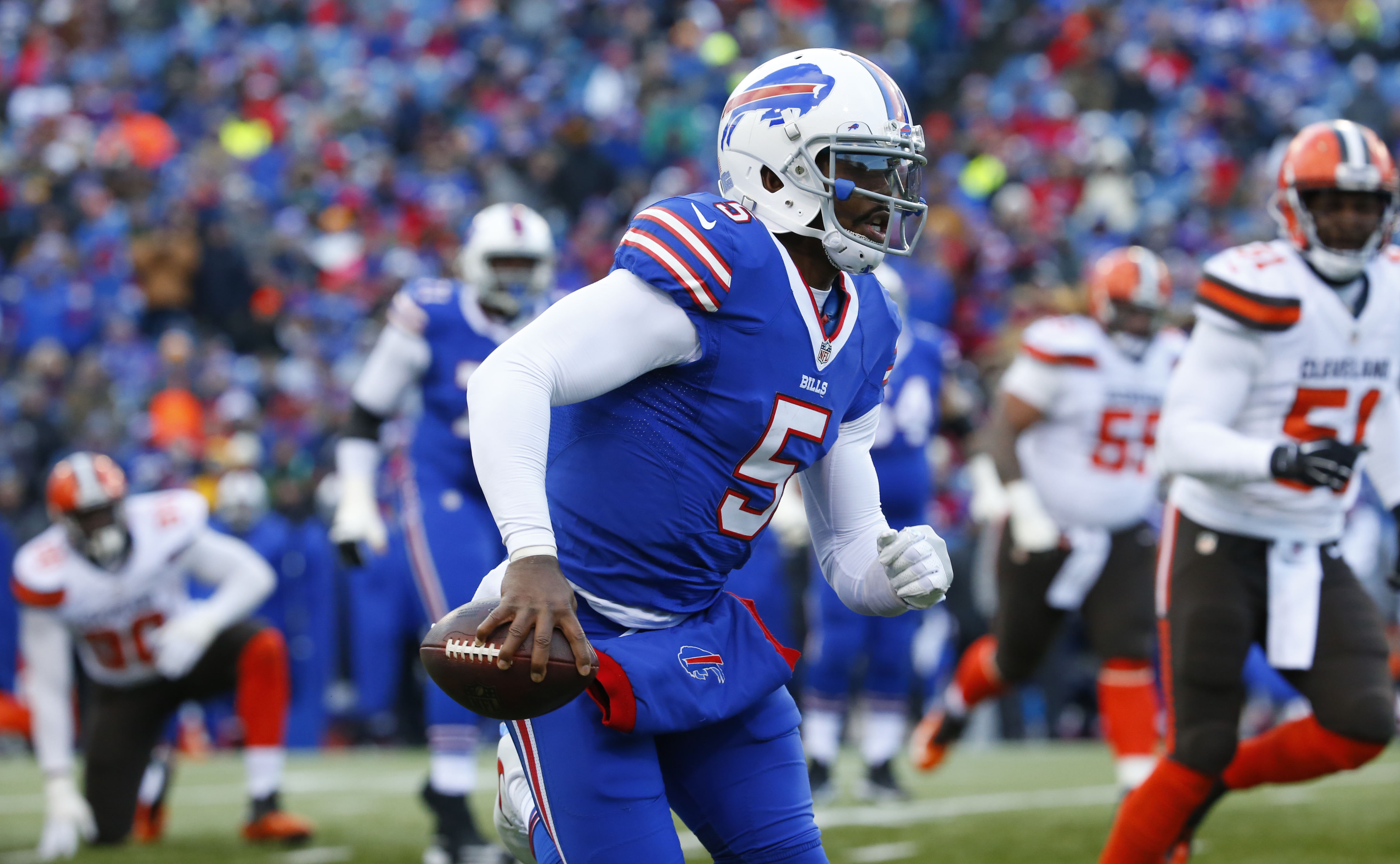 It makes sense for the Bills to keep Tyrod Taylor only if they want short-term success. (Harry Scull Jr./Buffalo News)