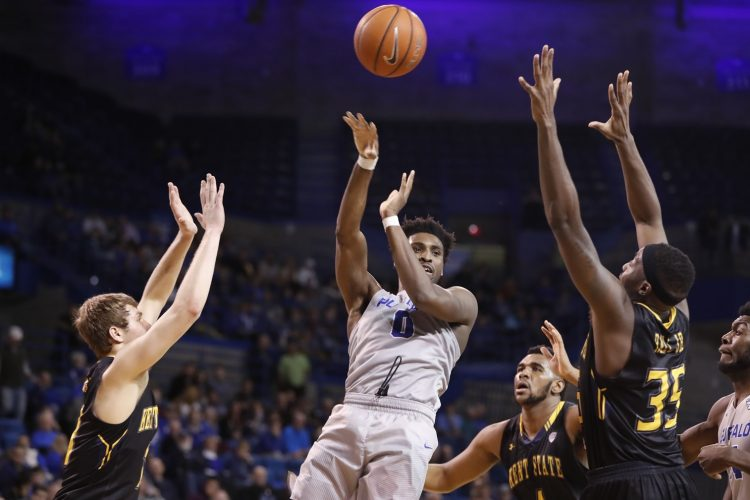 Photos: Kent State 77, UB 69